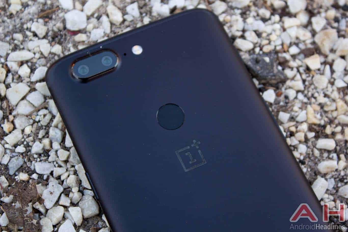 Phone Comparisons: Google Pixel 2 XL vs OnePlus 5T