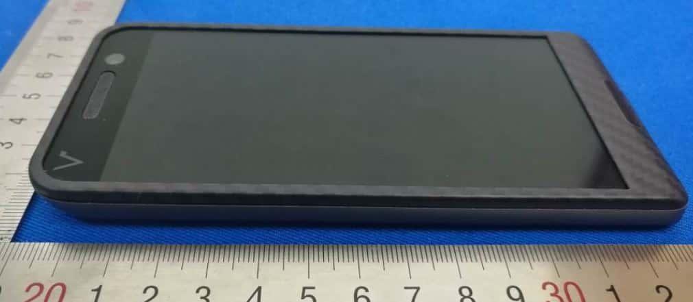 Saygus V2 FCC ID 2ANBZ F10104215 Device 04