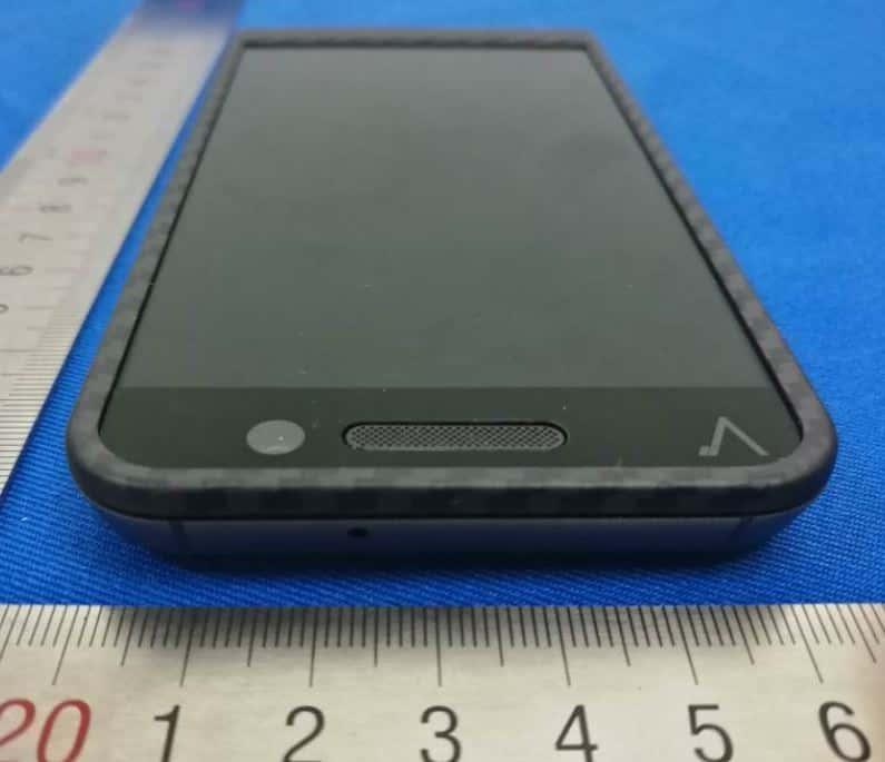 Saygus V2 FCC ID 2ANBZ F10104215 Device 05