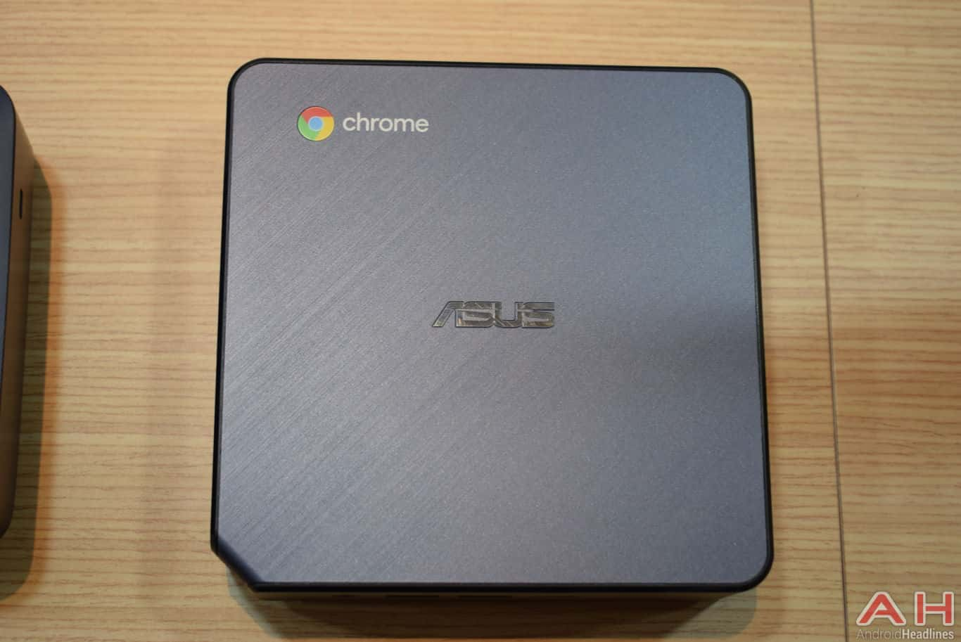 ASUS Chromebox 3 CES 2018 AH 8