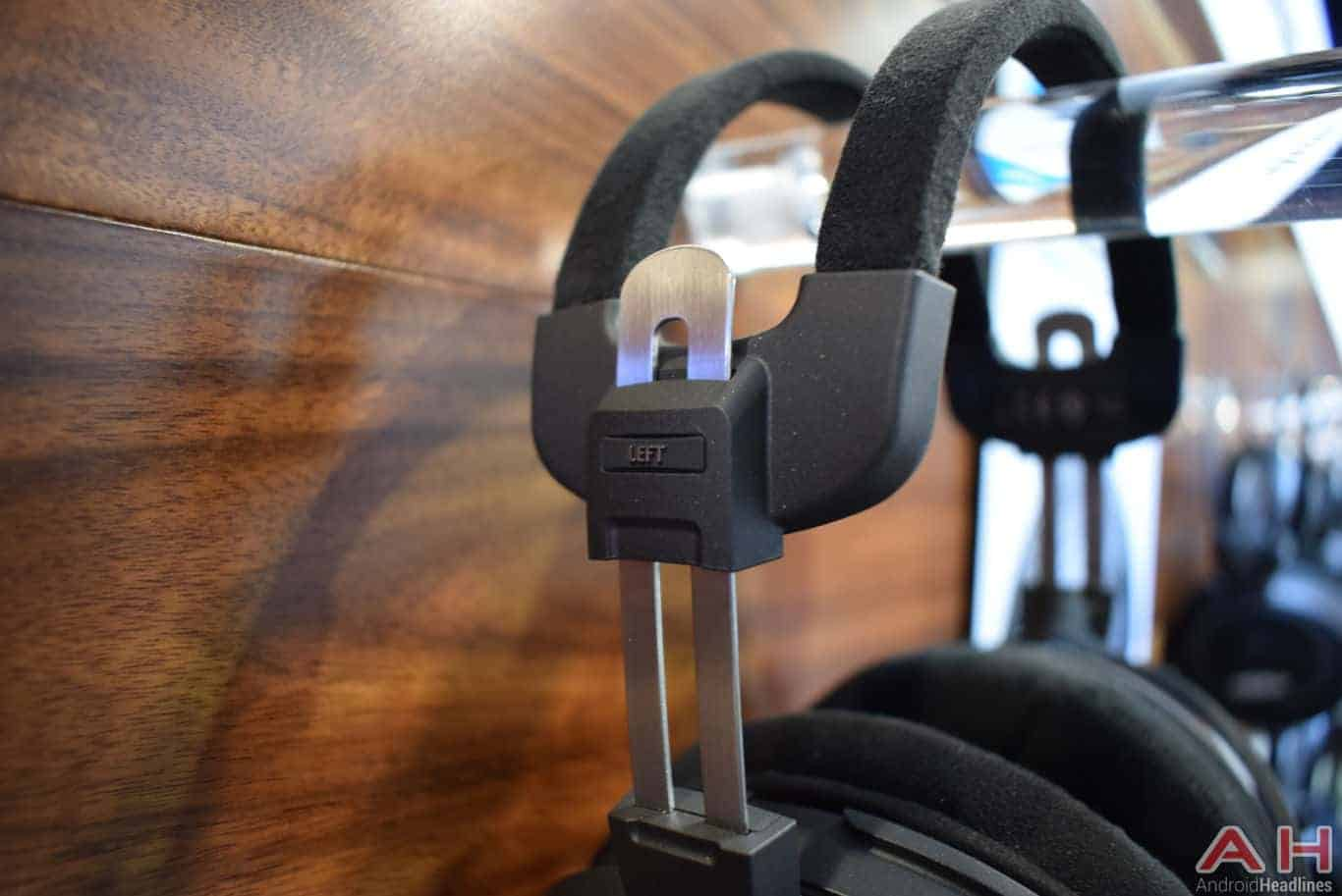 Hands on with audio technicas new line of headphones ces 2018 ath adx5000 sciox Image collections