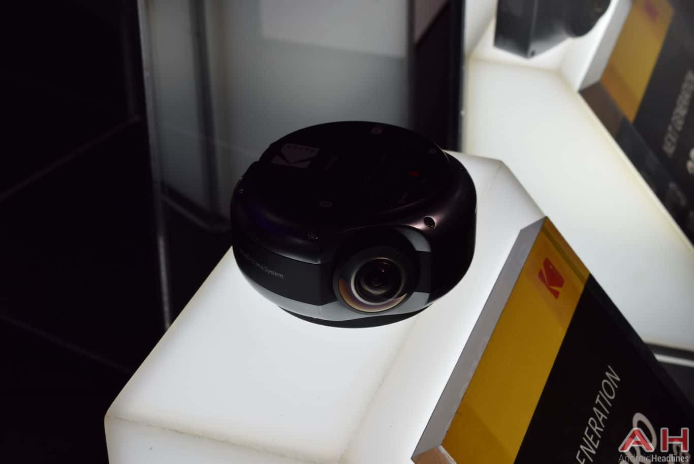 Kodak PIXPRO 360 Pro VR Camera CES 2018 AH 1
