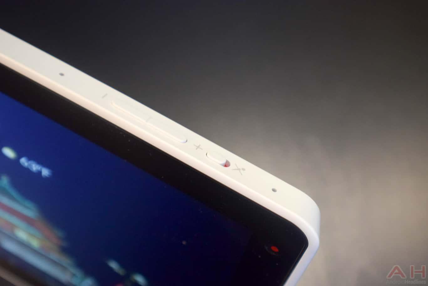Lenovo Smart Display CES 2018 AM AH 0060