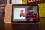 Lenovo Smart Display CES 2018 AM AH 0065