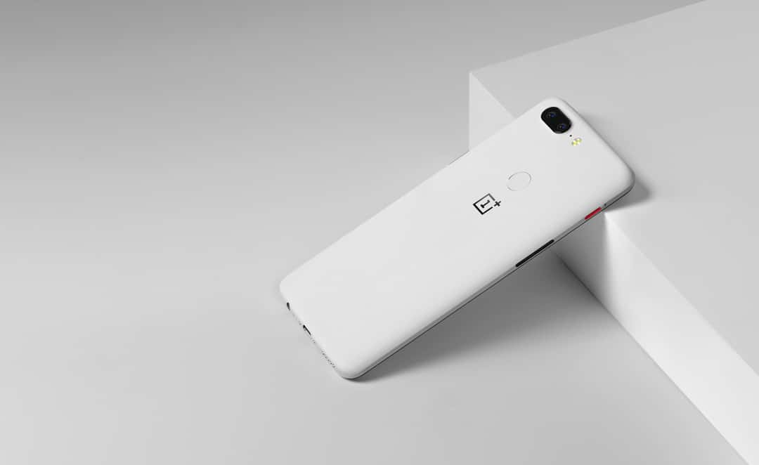 OnePlus 5T Sandstone White Official 5 of 23
