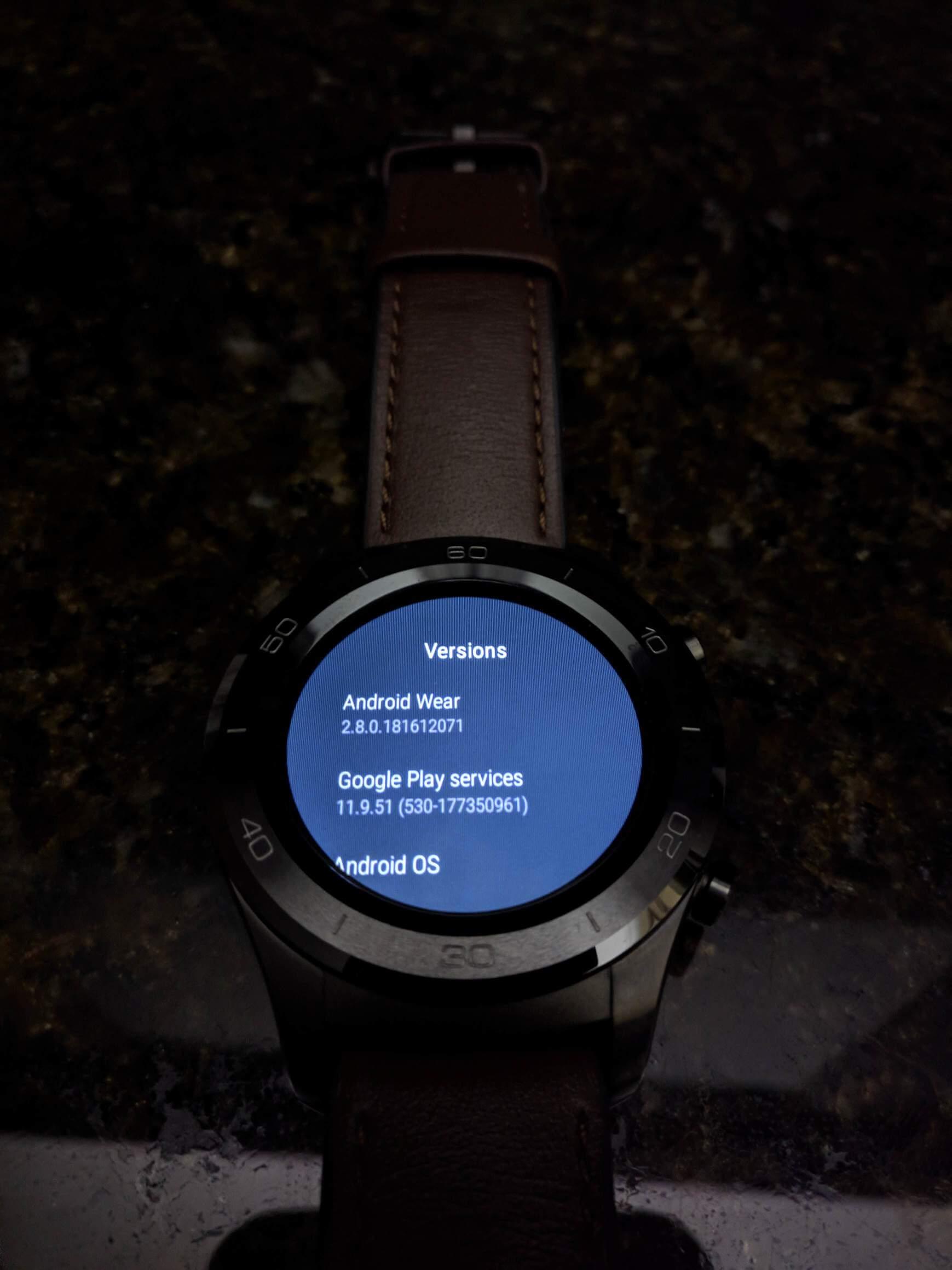 Yozakgg Reddit uploaded purported image of Android Wear 28 dark theme 02