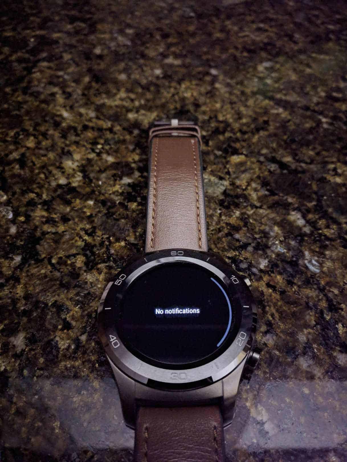 Yozakgg Reddit uploaded purported image of Android Wear 28 dark theme 04