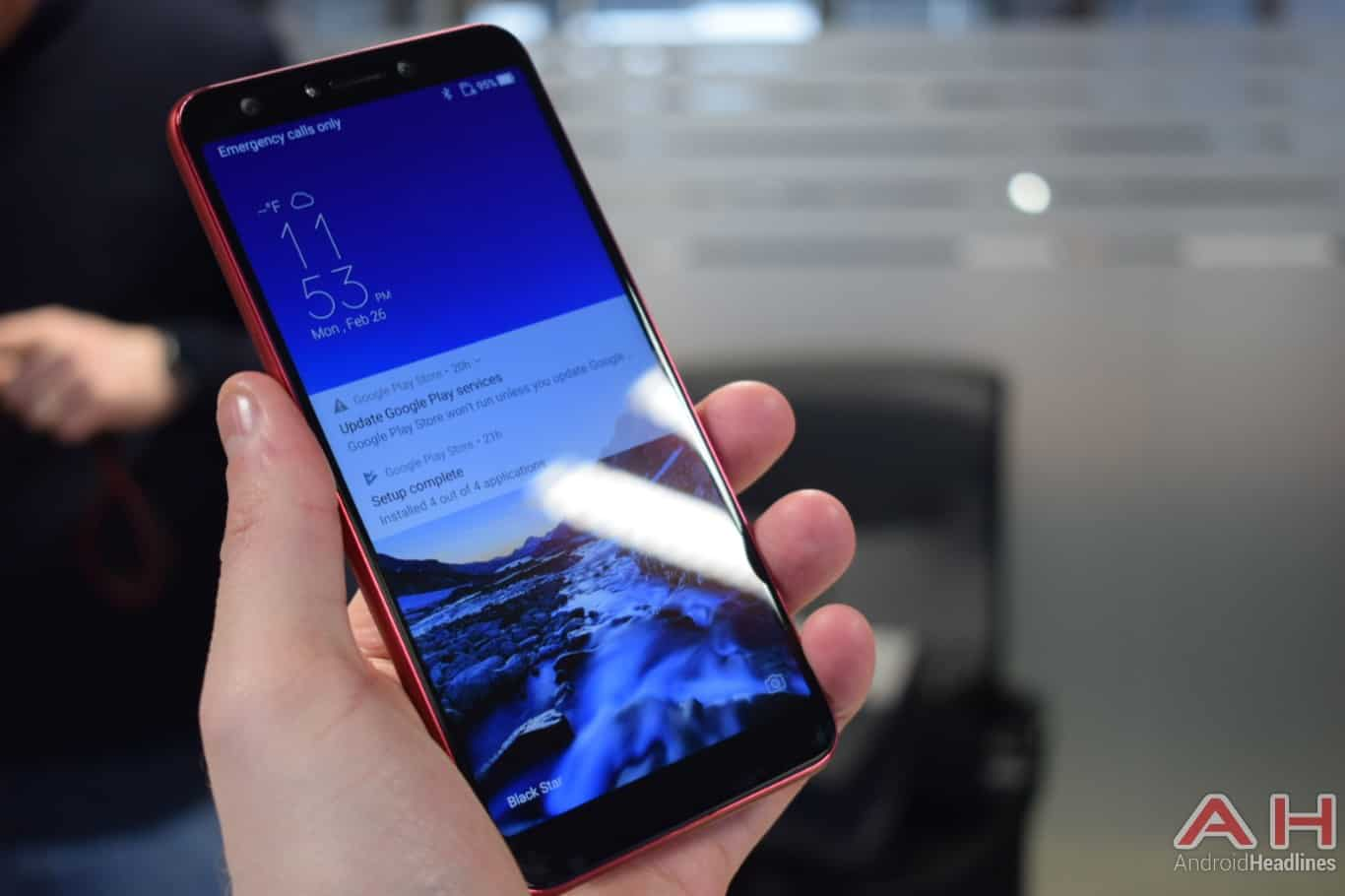 AH ASUS ZenFone 5Q hands on MWC 2018 15
