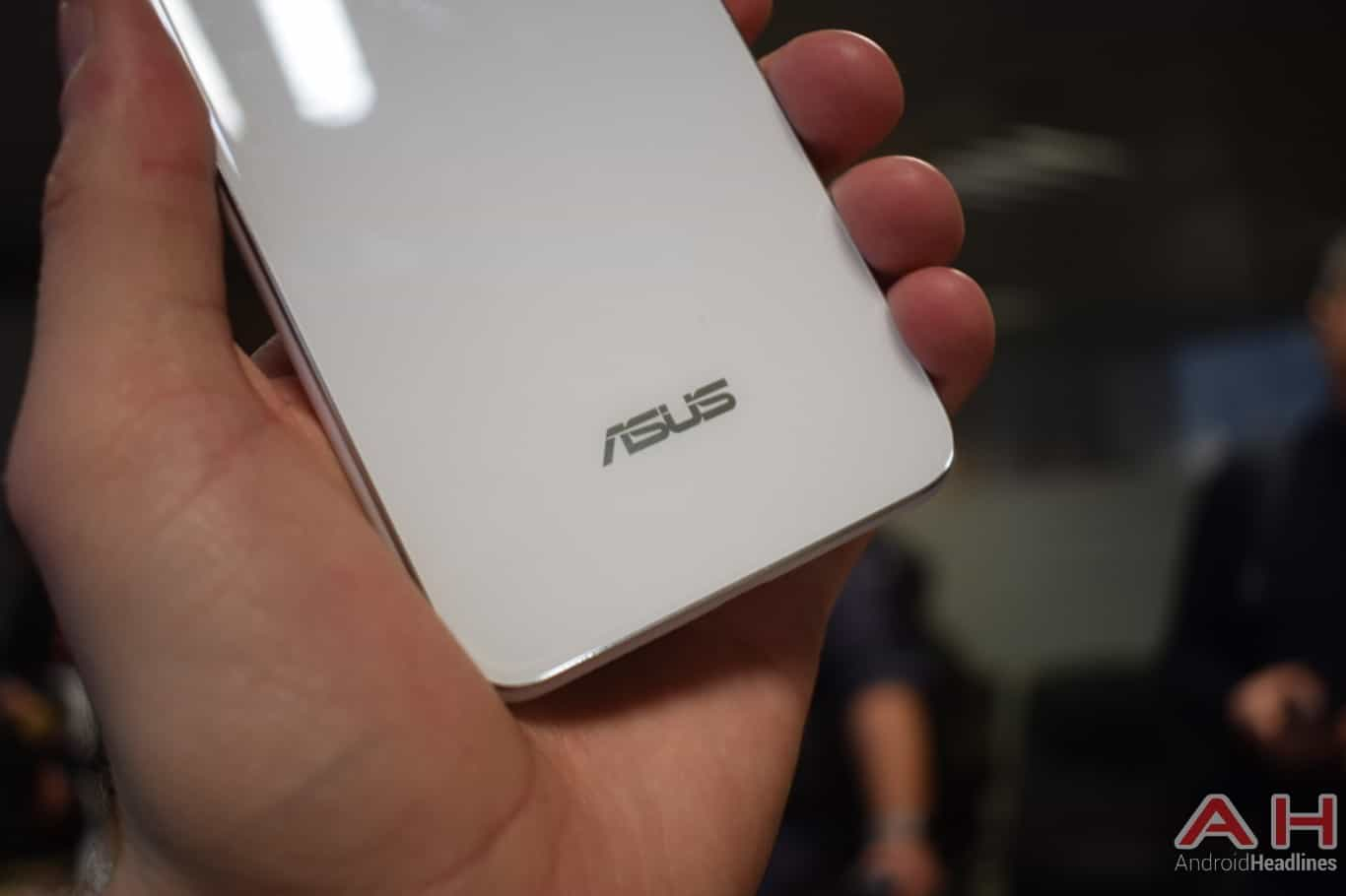 AH ASUS ZenFone 5Q hands on MWC 2018 2