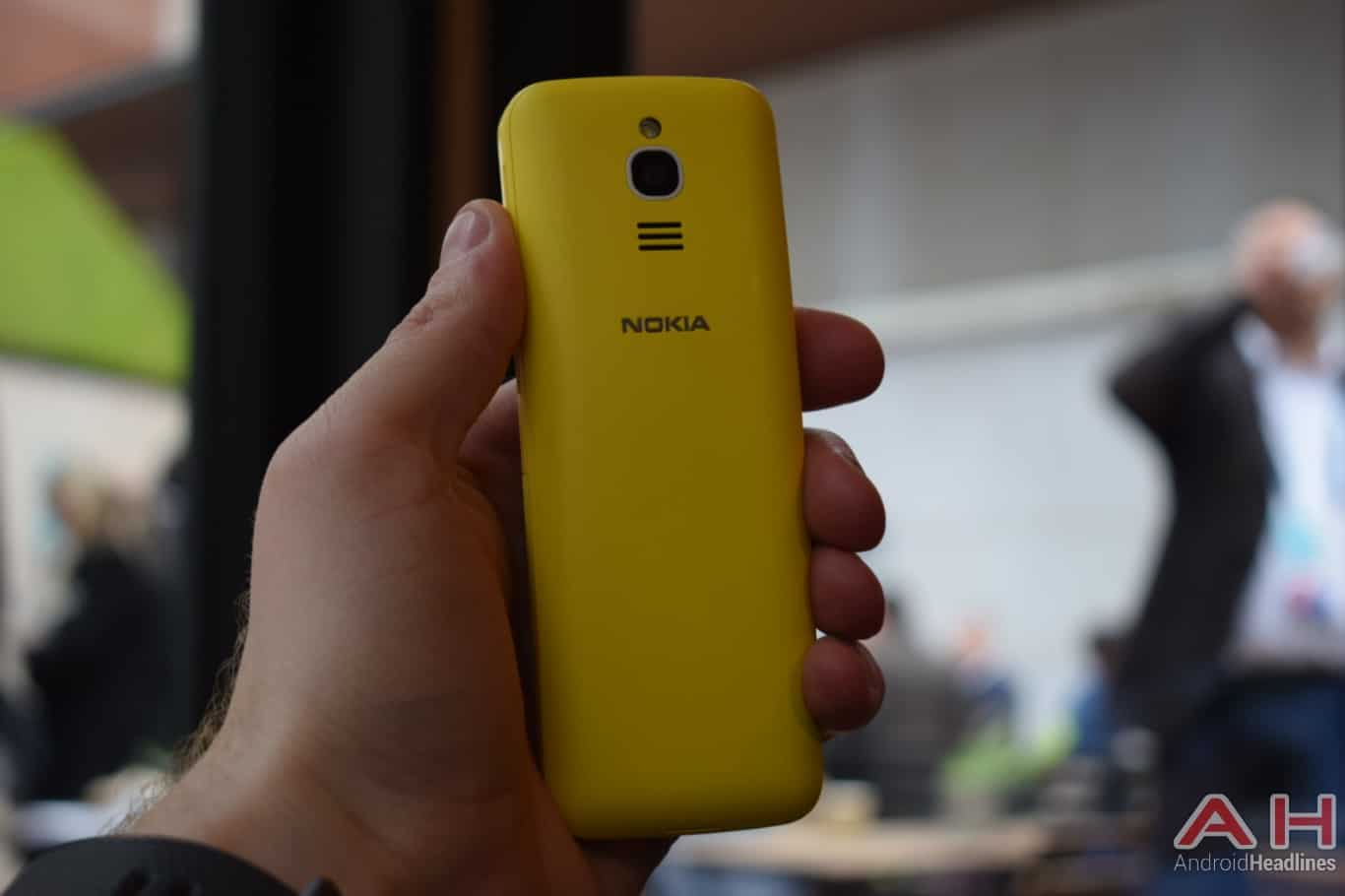 AH Nokia 8110 4G hands on MWC 2018 5