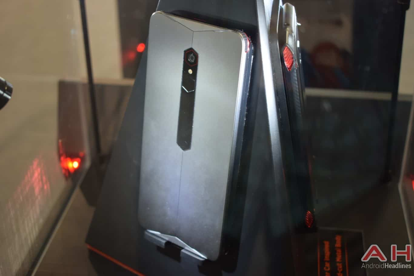 AH Nubia gaming smartphone concept MWC 2018 hands on 1