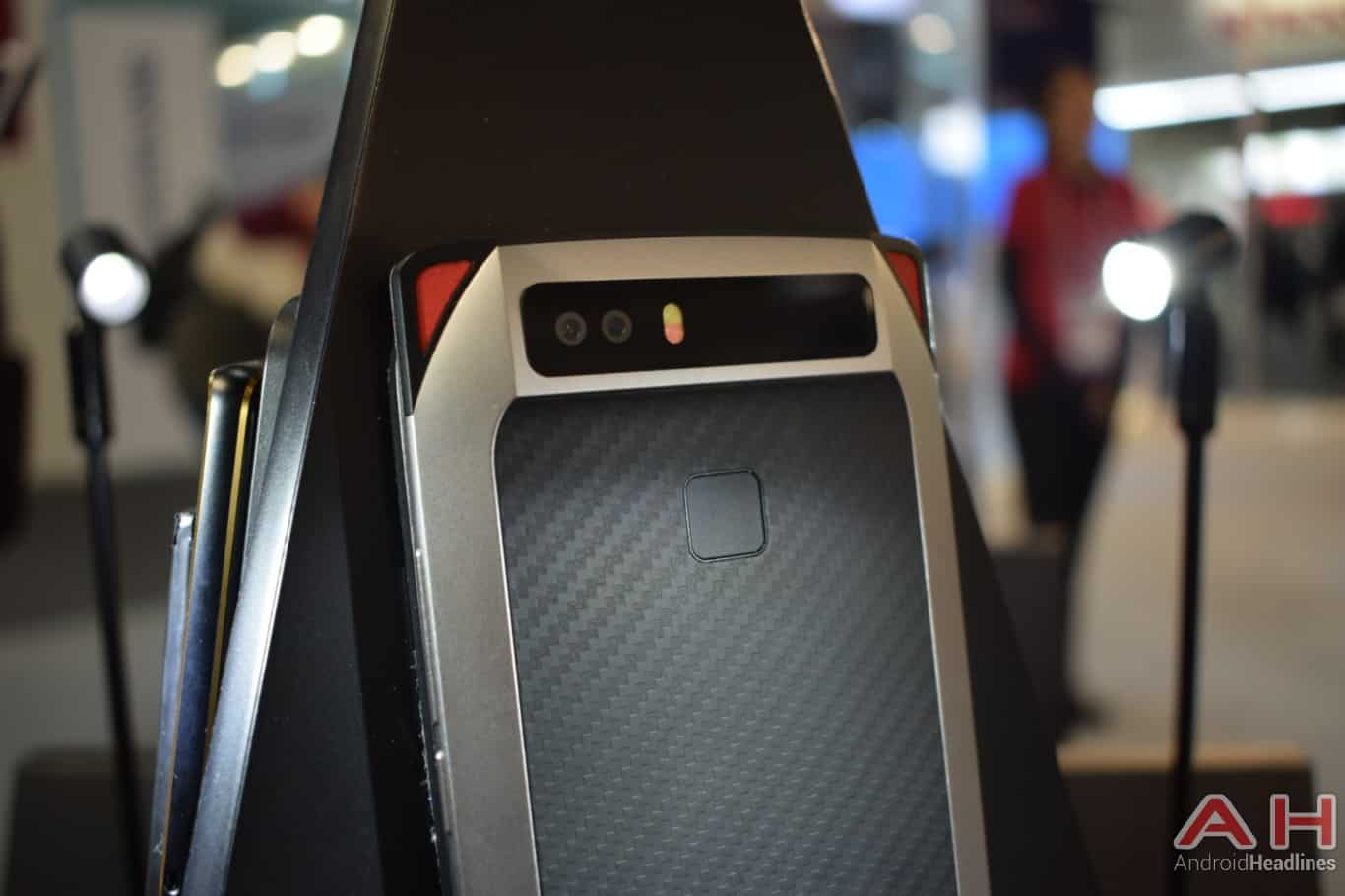 AH Nubia gaming smartphone concept MWC 2018 hands on 14