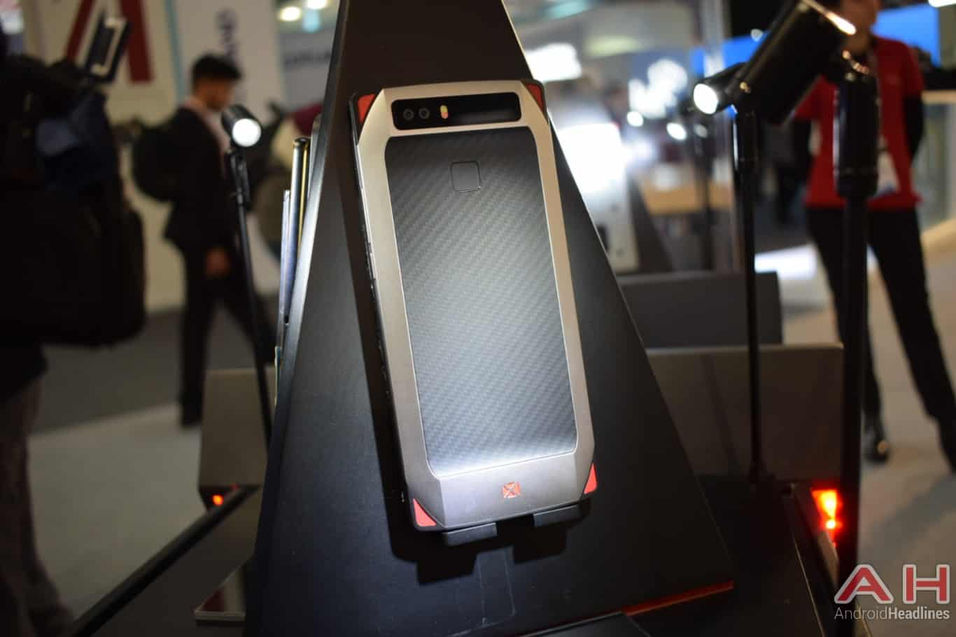 AH Nubia gaming smartphone concept MWC 2018 hands on 15