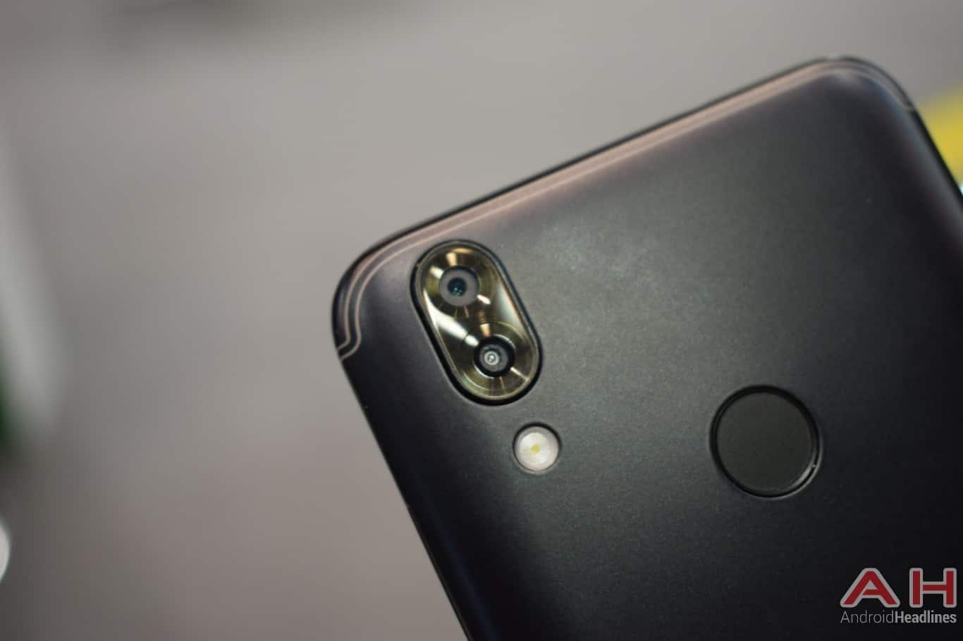 AH SIKURPhone image 4