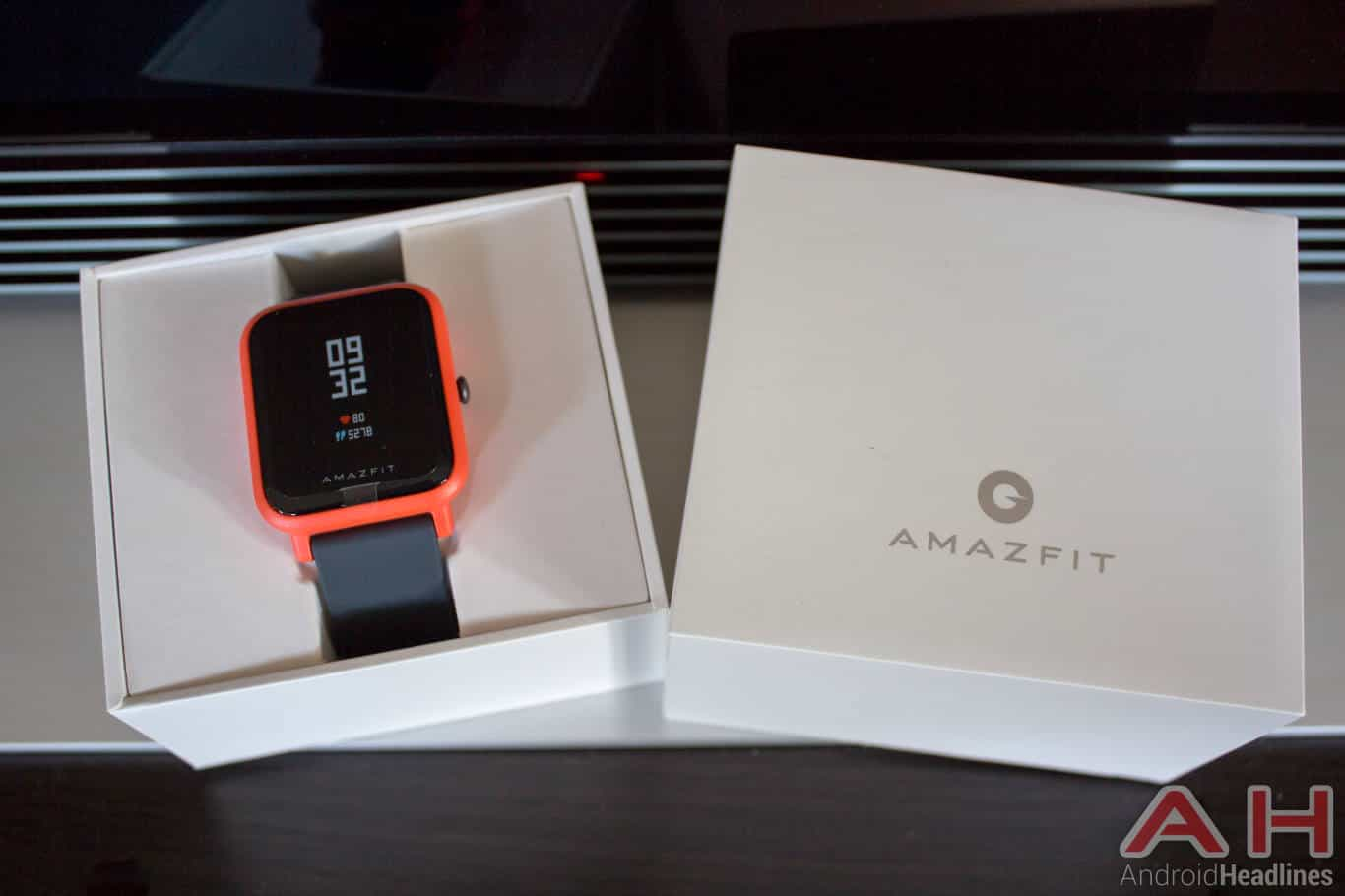 Amazfit bip smartwatch announced with 45 day battery life for Bip camera it