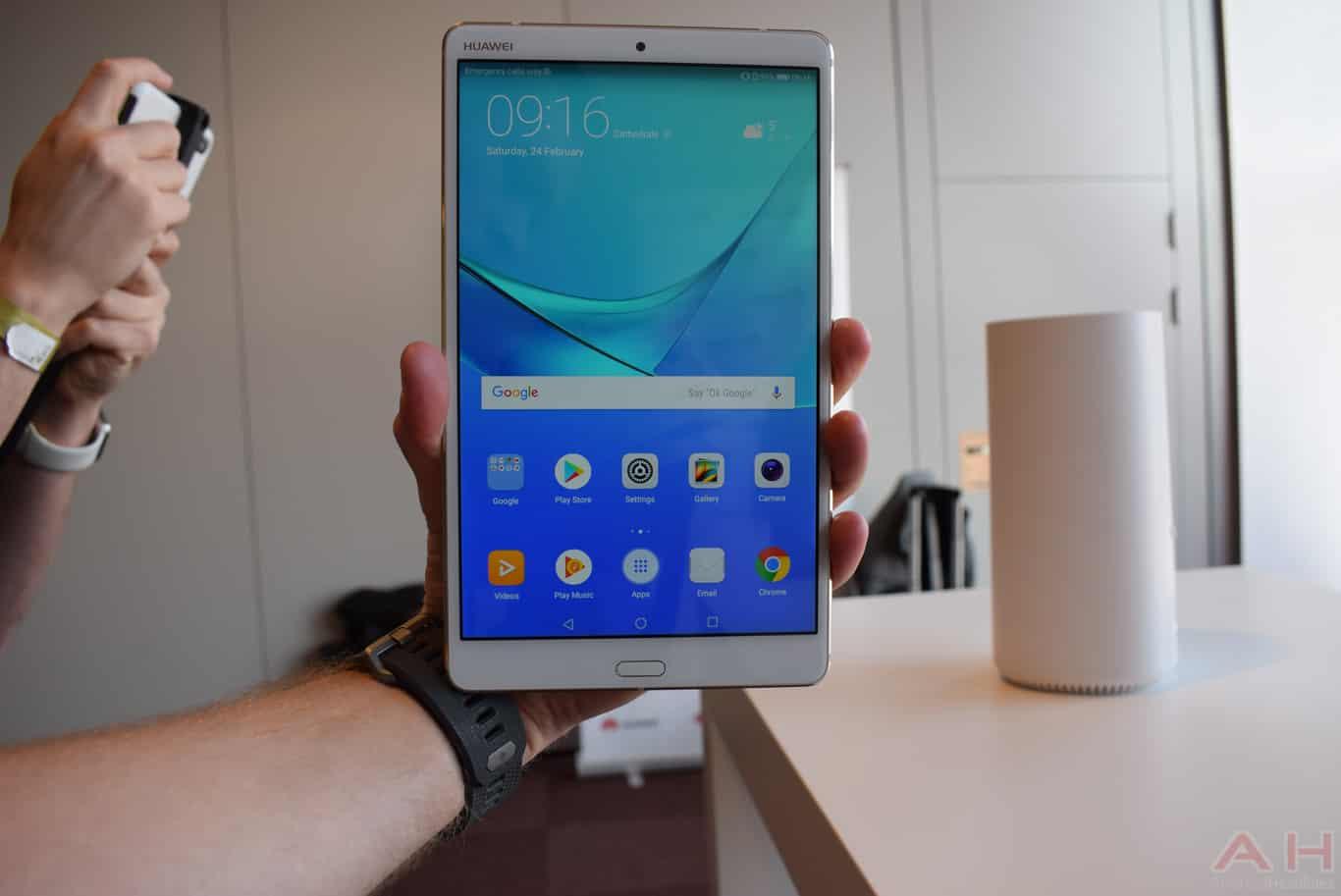 Huawei MediaPad M5 8.4 inch MWC 18 AM AH 1