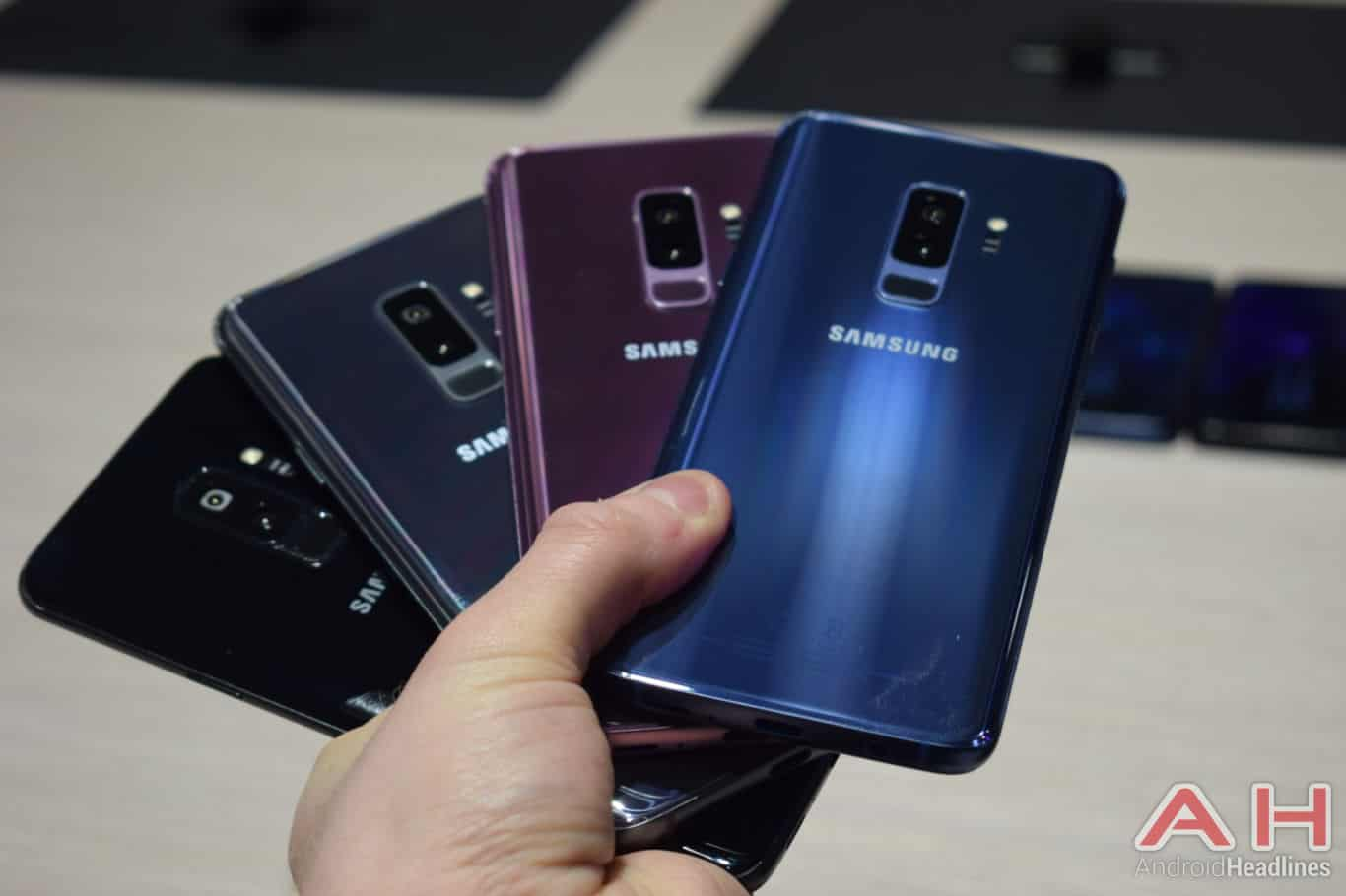 Samsung Galaxy S9 Plus Hands On AH 27