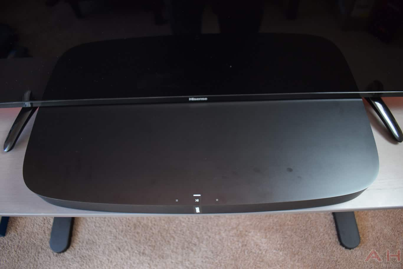 Sonos PLAYBASE Review AM AH 8