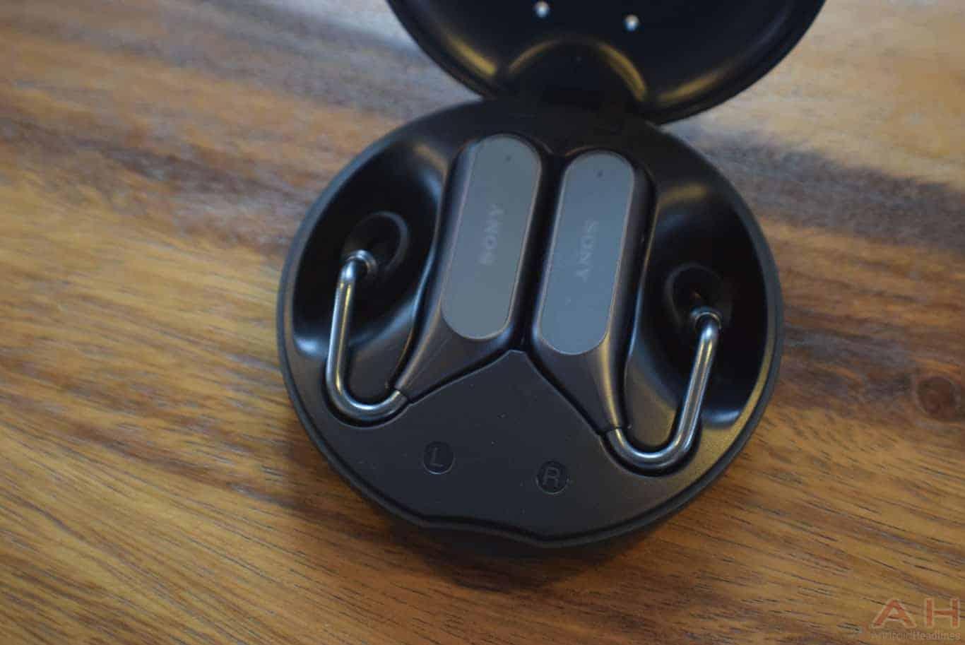 Sony Xperia Ear Duo MWC 18 AM AH 16