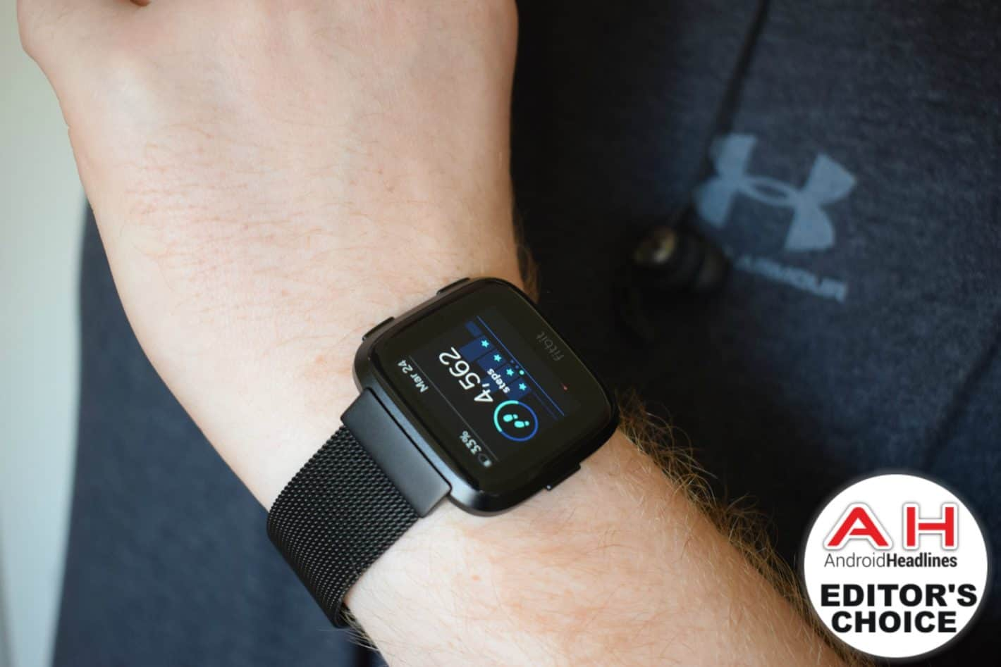 Fitbit Versa Review Featured AM AH 1