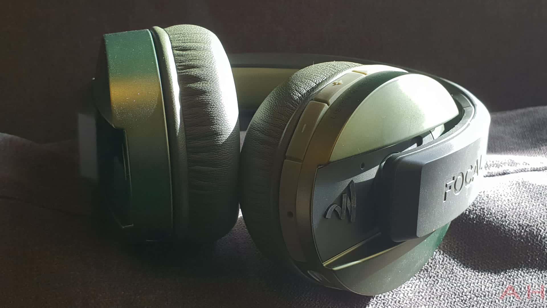 Focal Listen Wireless Chic Headphones AH 10