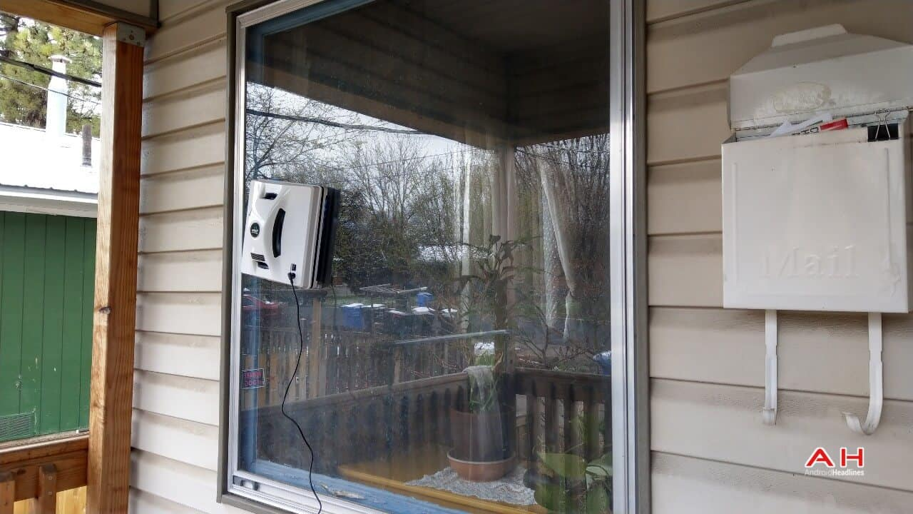 Hobot 268 Window Cleaning Robot Review Cleaning Sub 01 AH