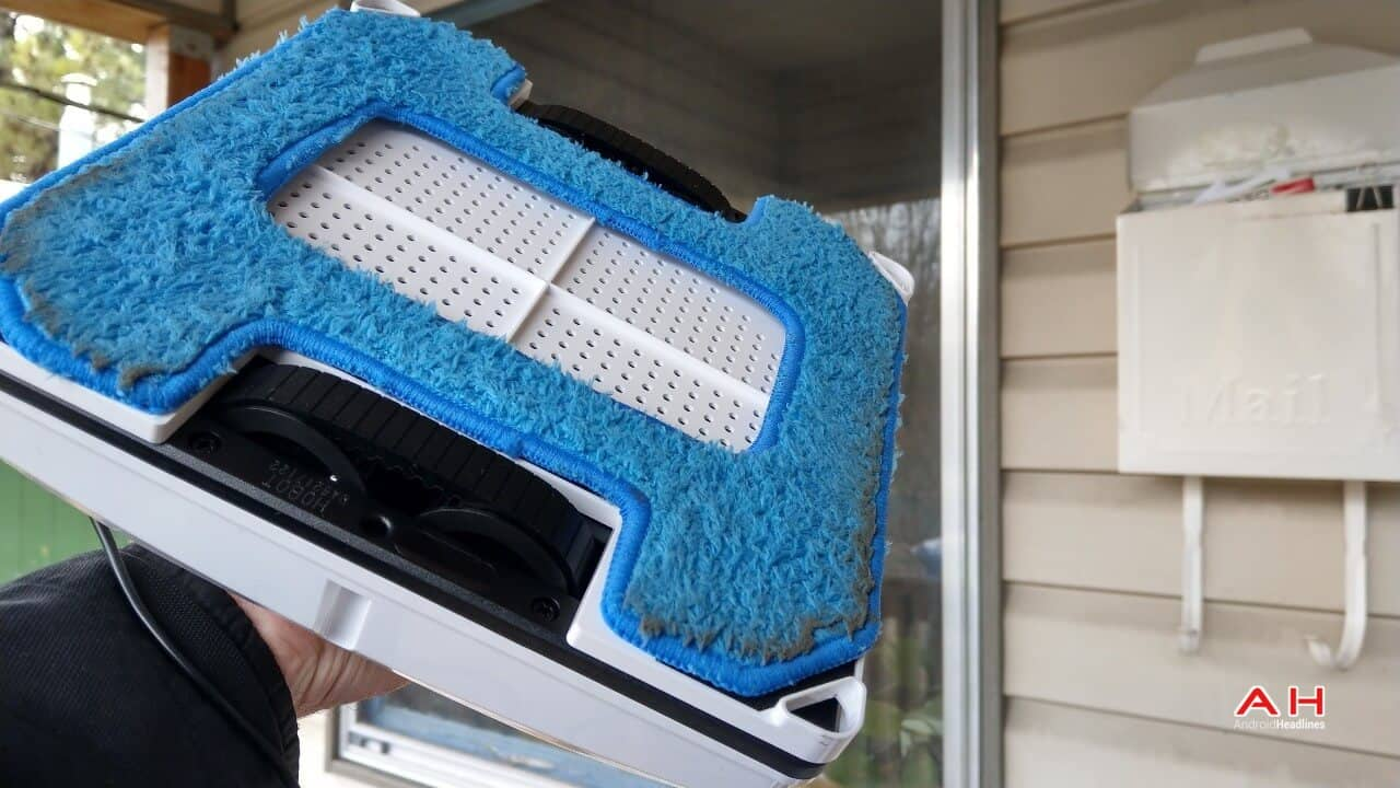 Hobot 268 Window Cleaning Robot Review Cleaning Sub 02 AH