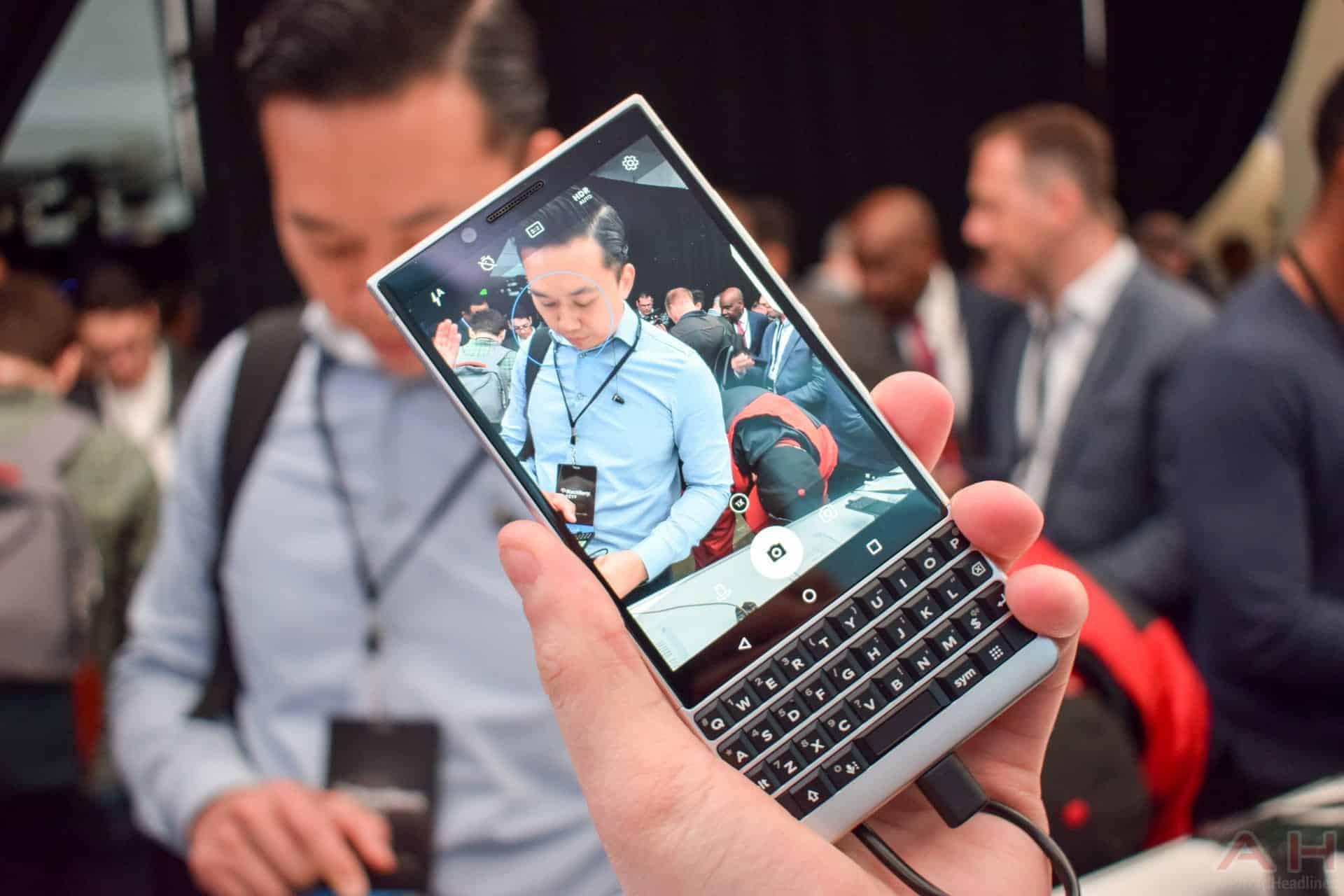 BlackBerry KEY2 AM AH 3