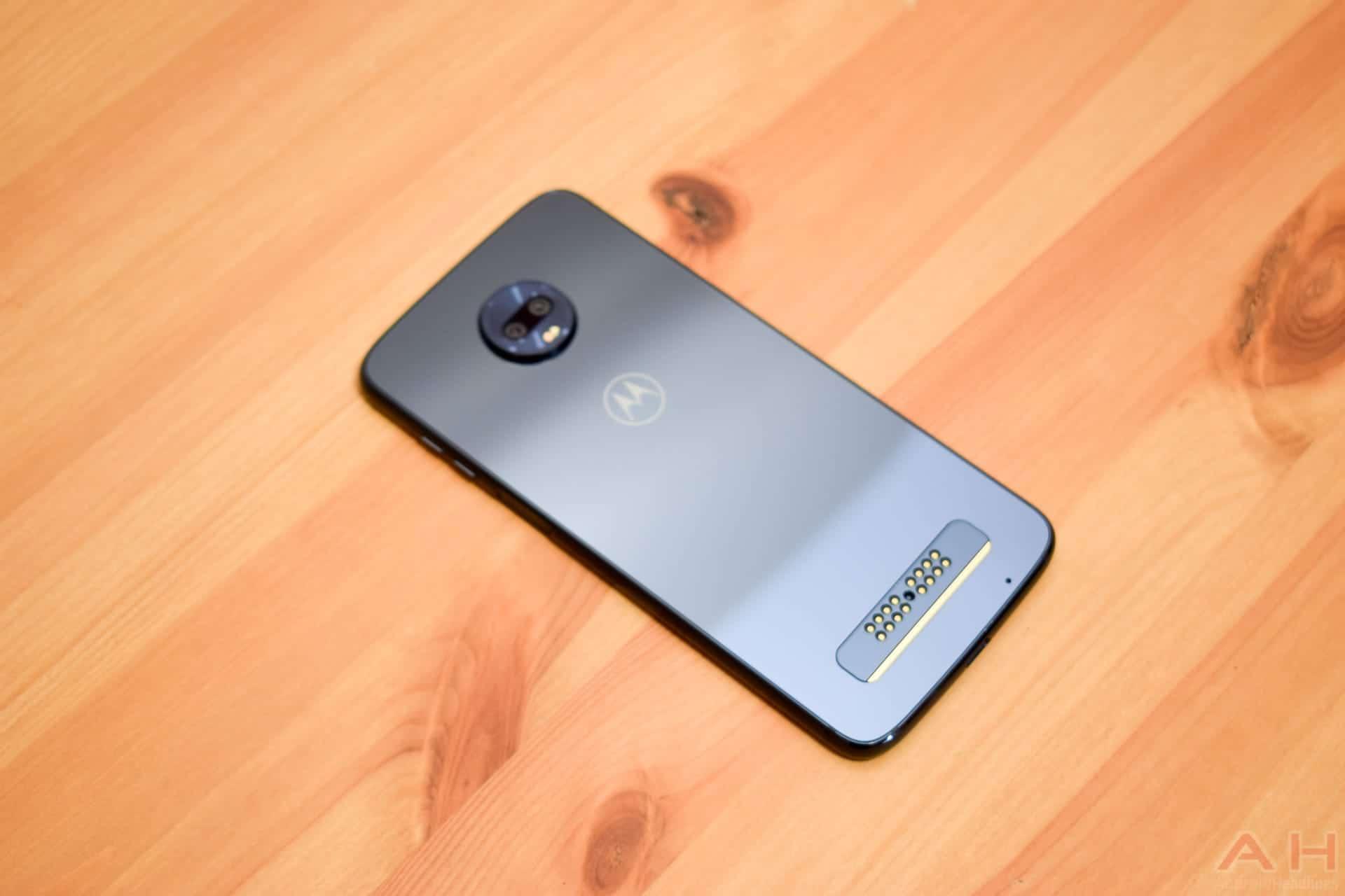 Motorola Moto Z3 Play Review: Schlanker Körper mit beeindruckender ...