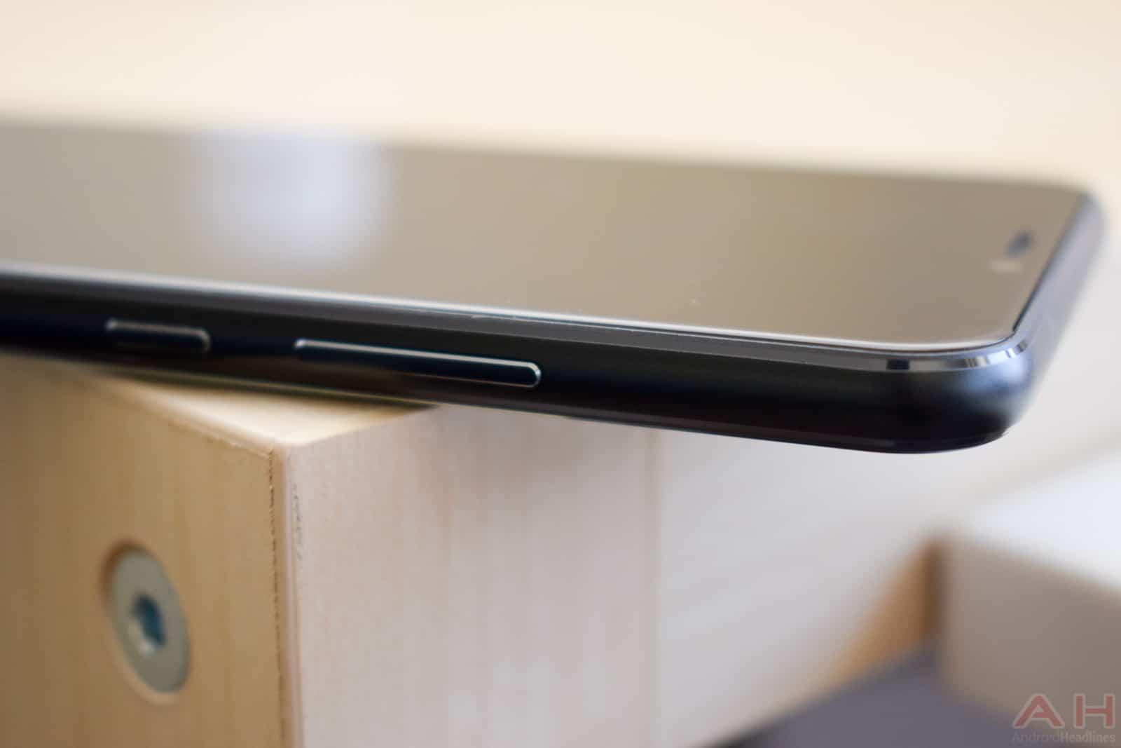 ASUS ZenFone 5Z AM AH 5 1