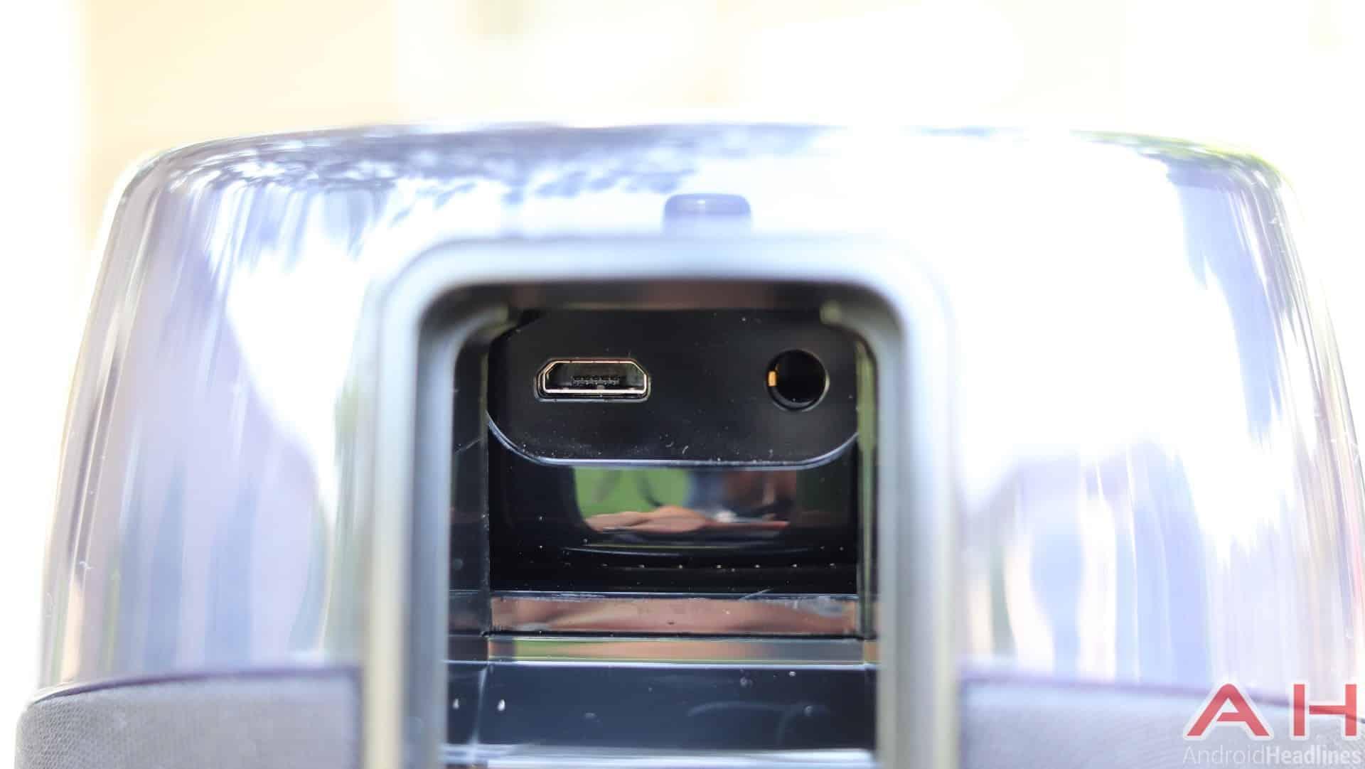 iHome iAV5 Echo Dot Dock Bluetooth Speaker Review Hardware Gall 12