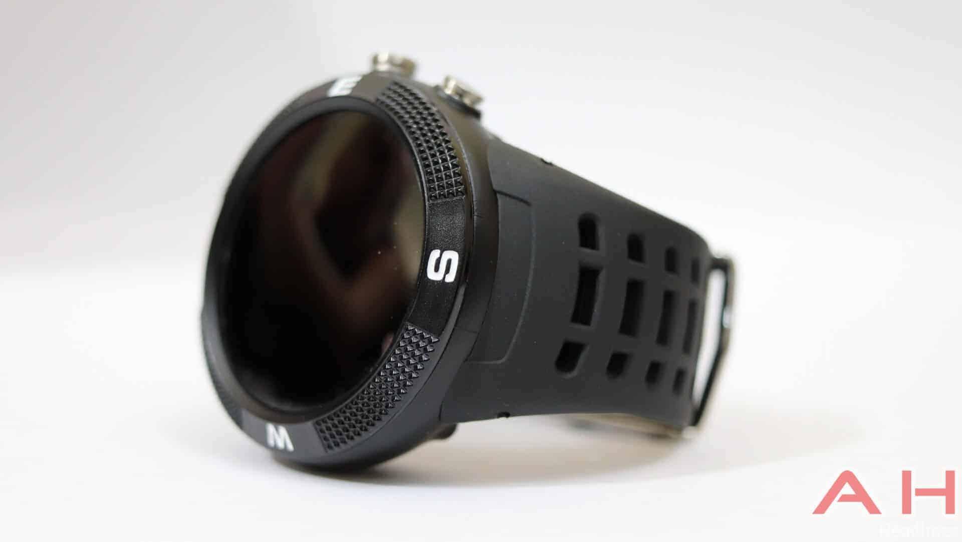 No 1 F18 Review Hardware AH 02