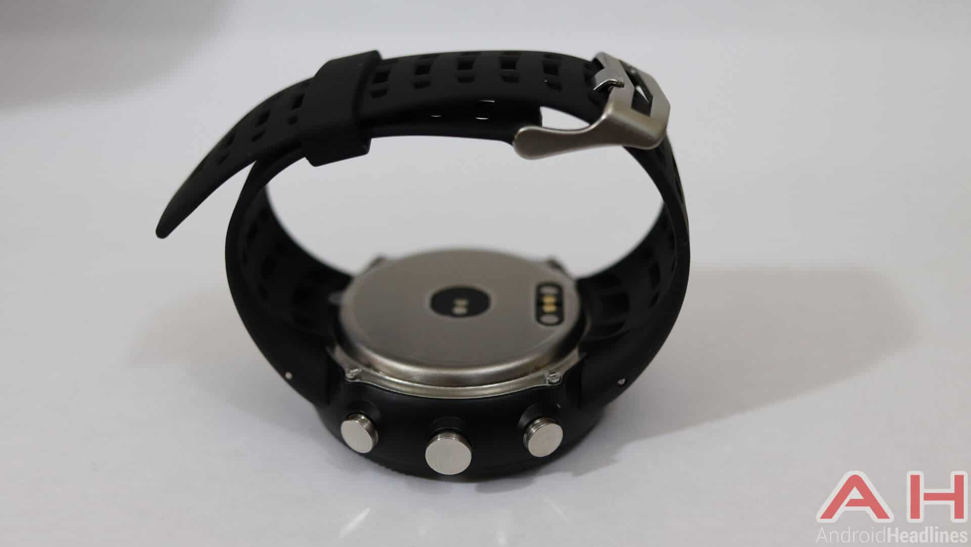 No 1 F18 Review Hardware AH 04