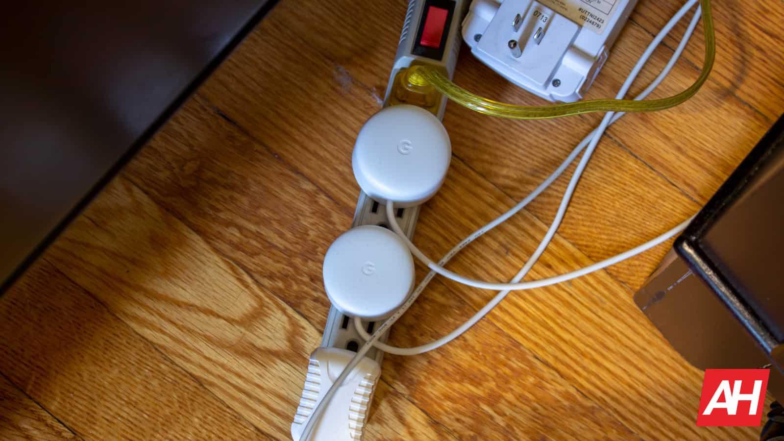 Google Home Hub New Logo AH NS 08 power plug
