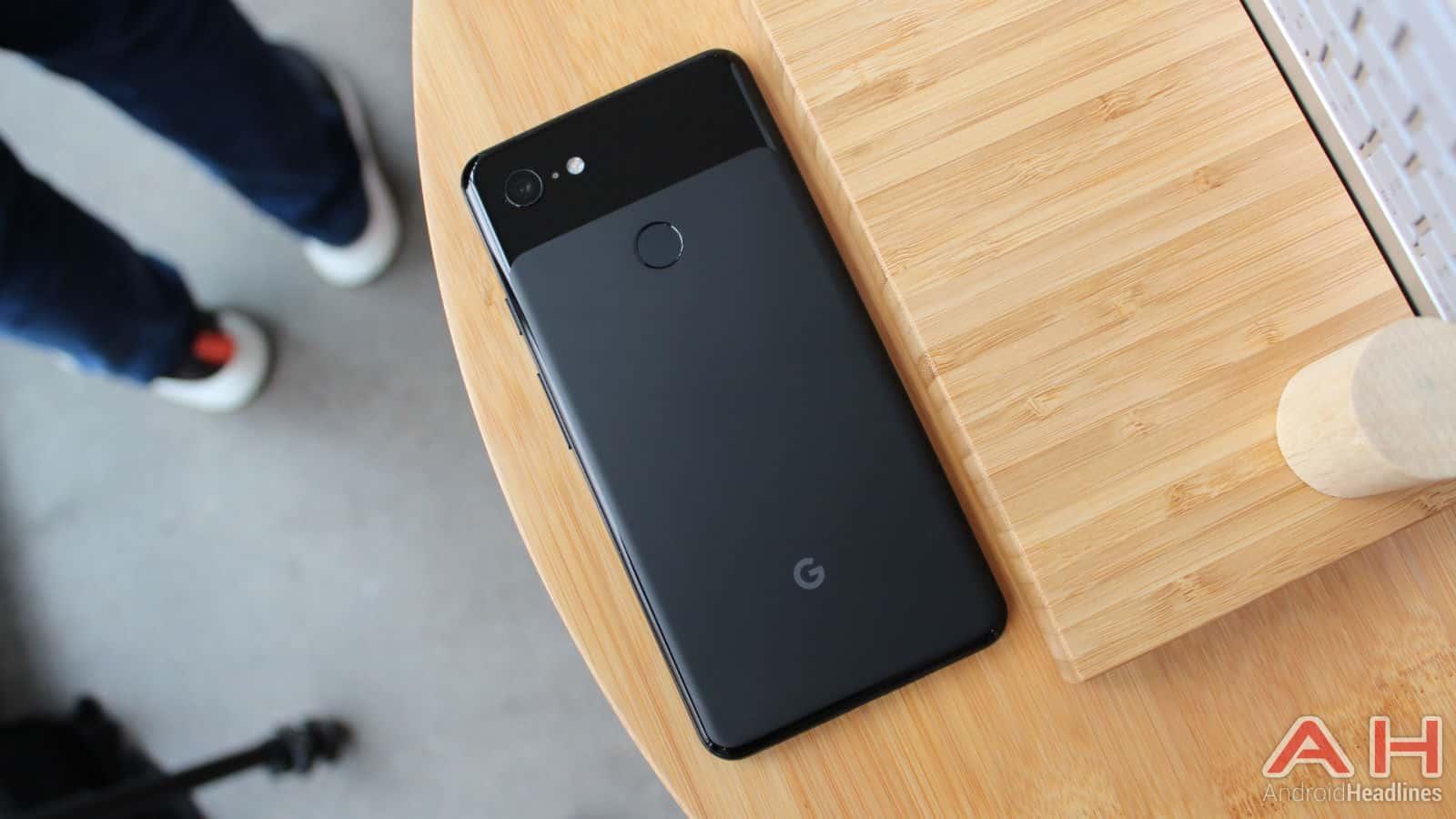 Google Pixel 3 XL Hands On AH 1