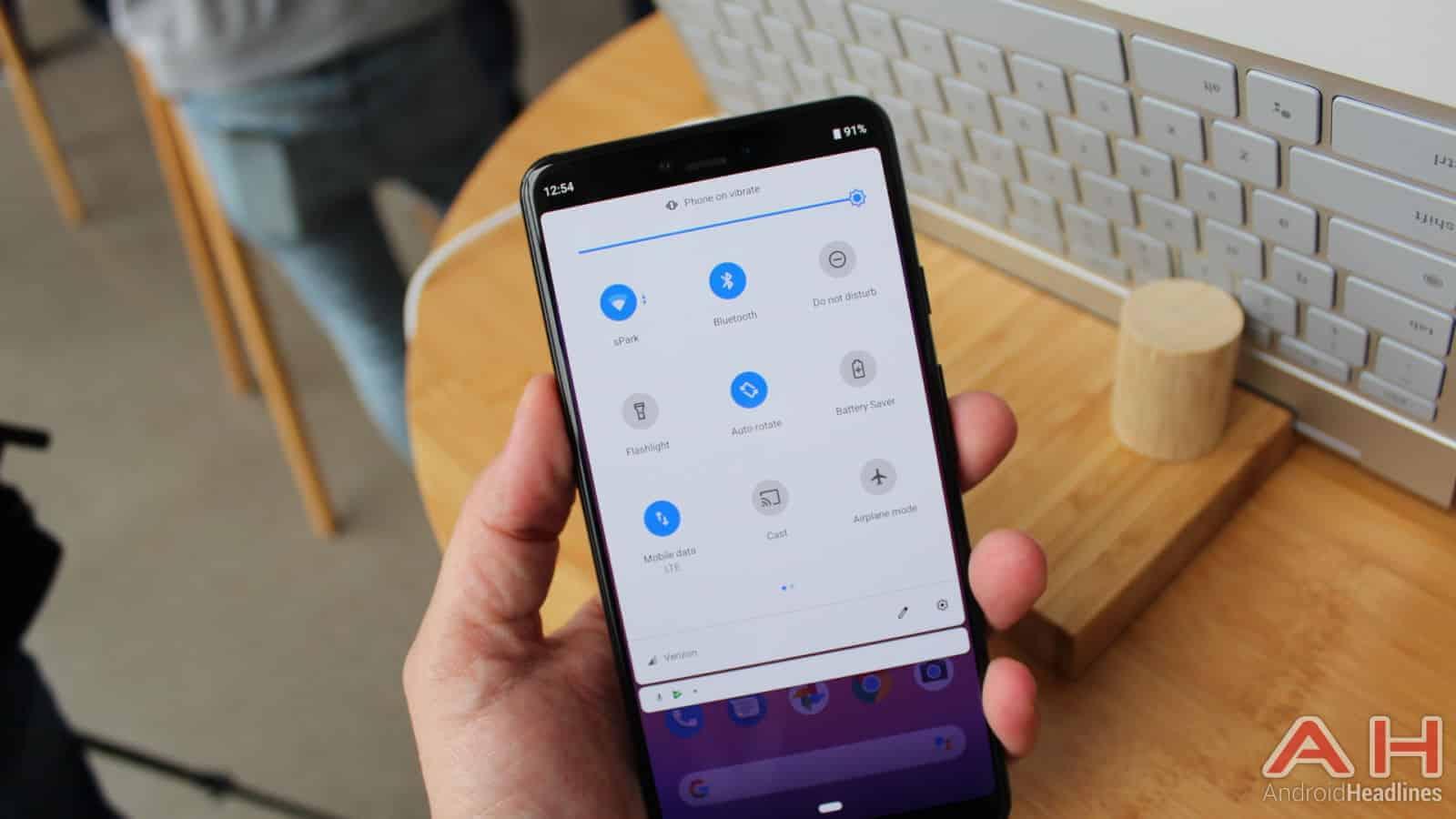 Google Pixel 3 XL Hands On AH 10
