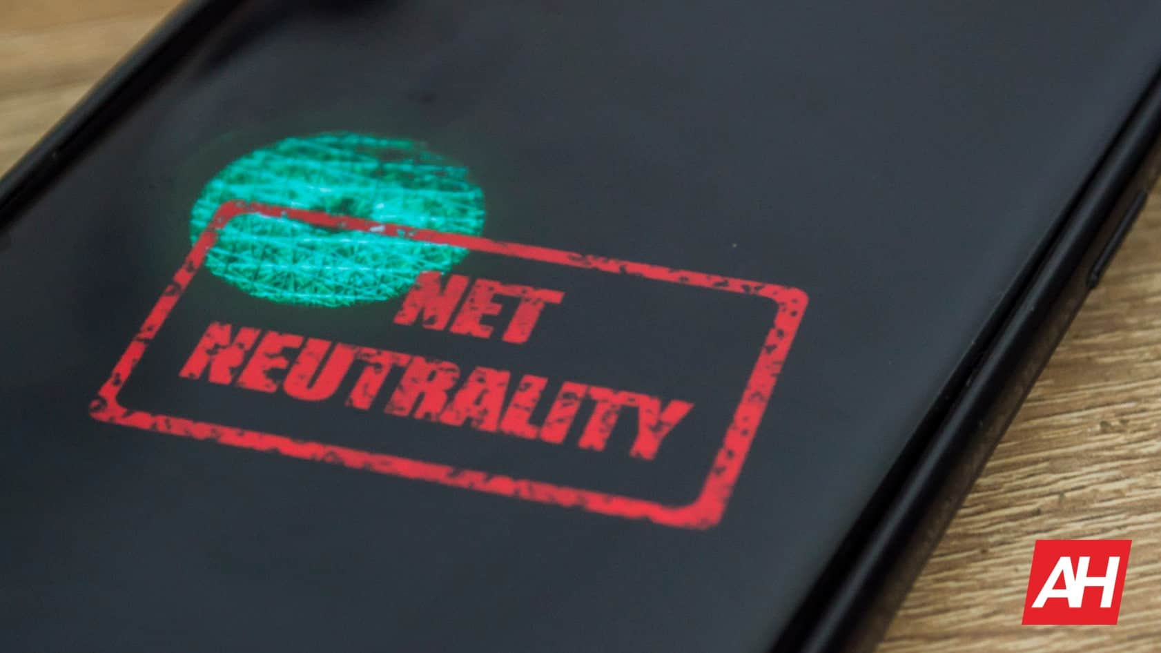 In Forced Net Neutrality Review, FCC Finds Itself Agreeable