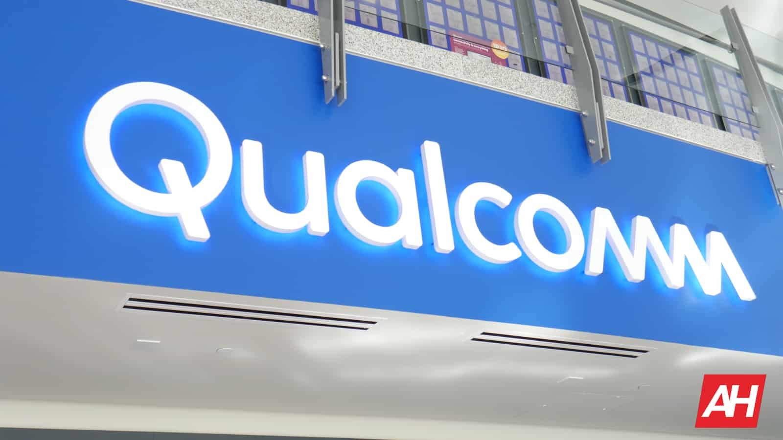 Qualcomm Logo AH 4