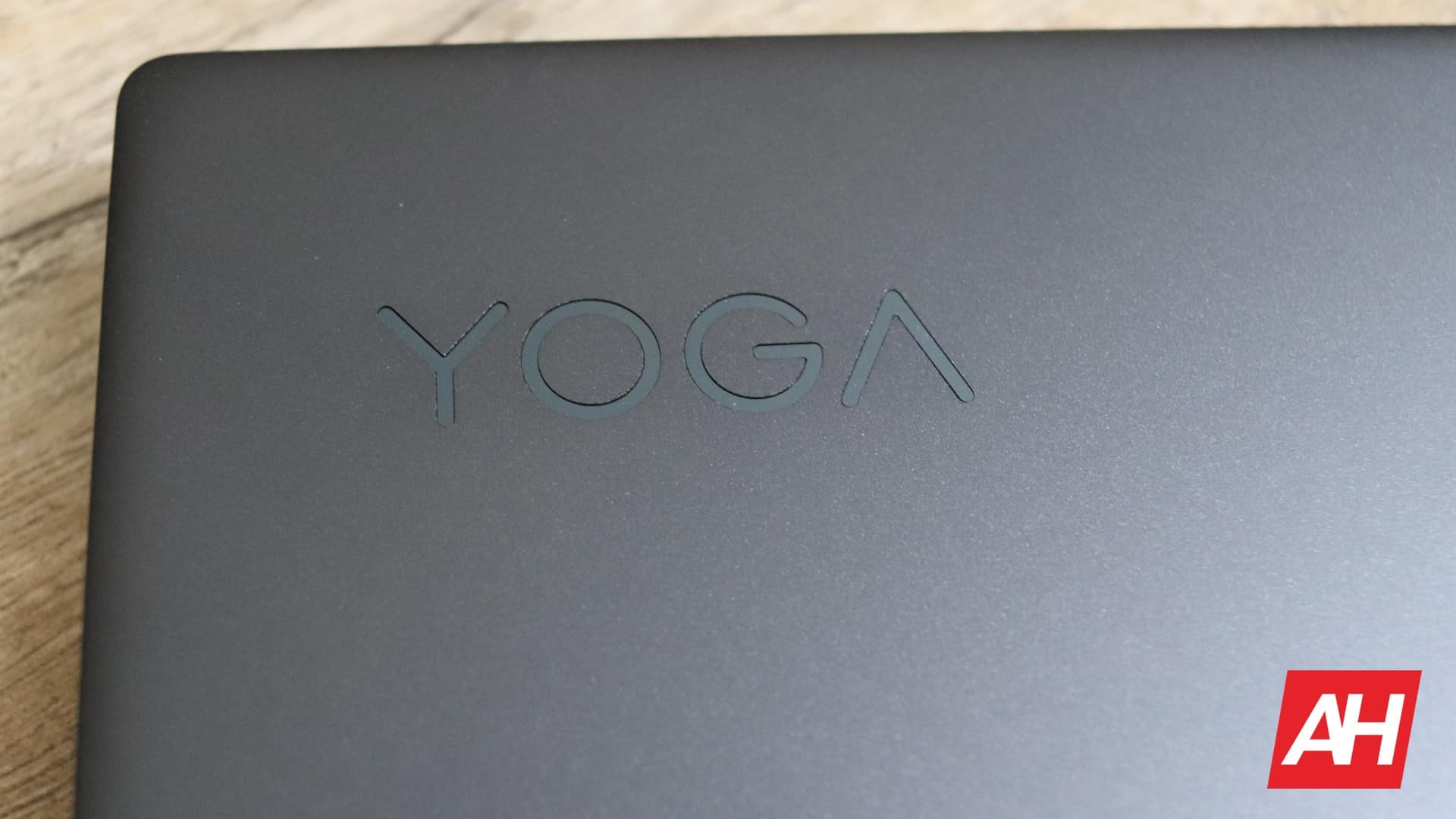 Lenovo Yoga Chromebook C630 Review Hardware AH 01