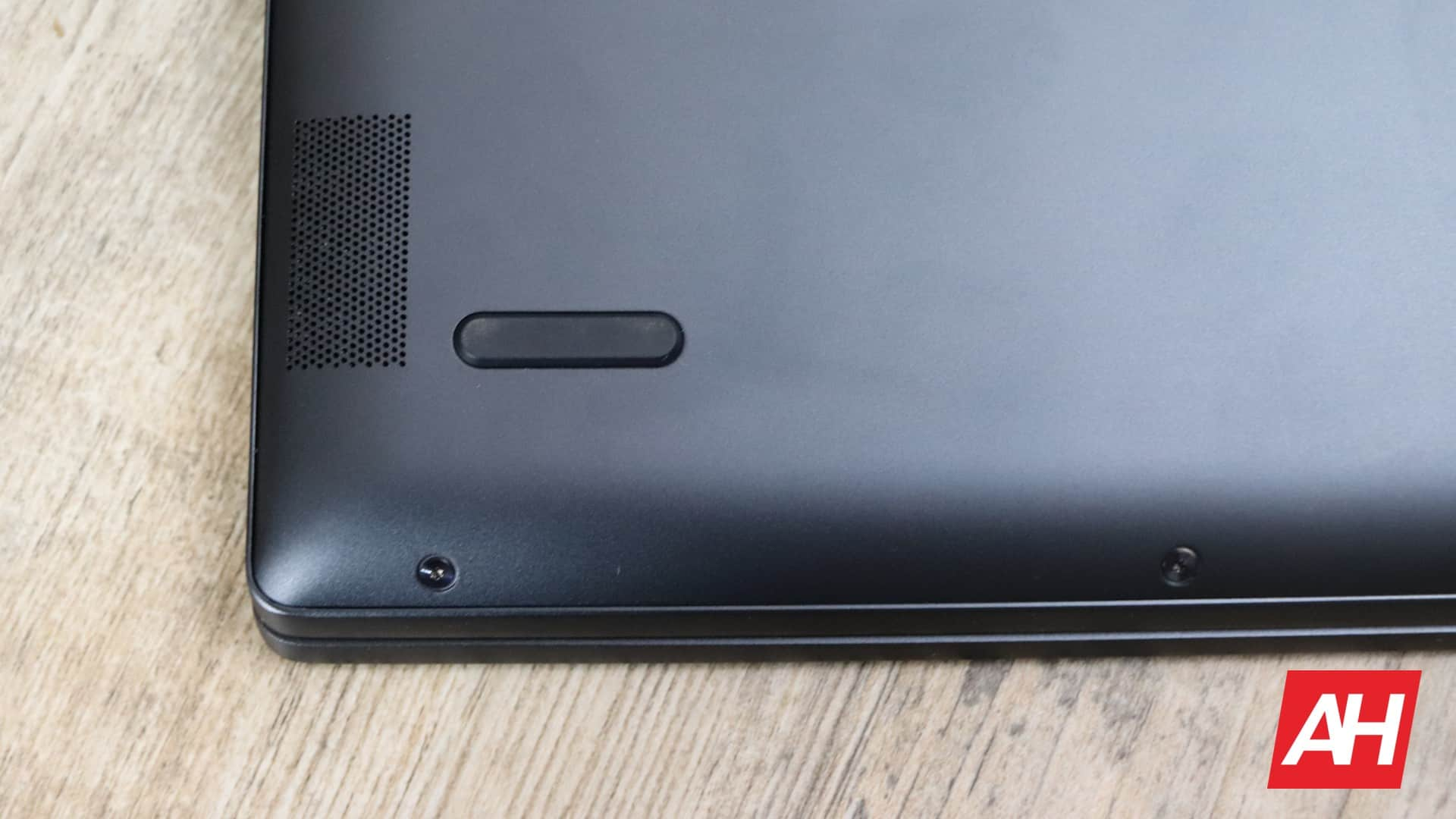 Lenovo Yoga Chromebook C630 Review Hardware AH 17