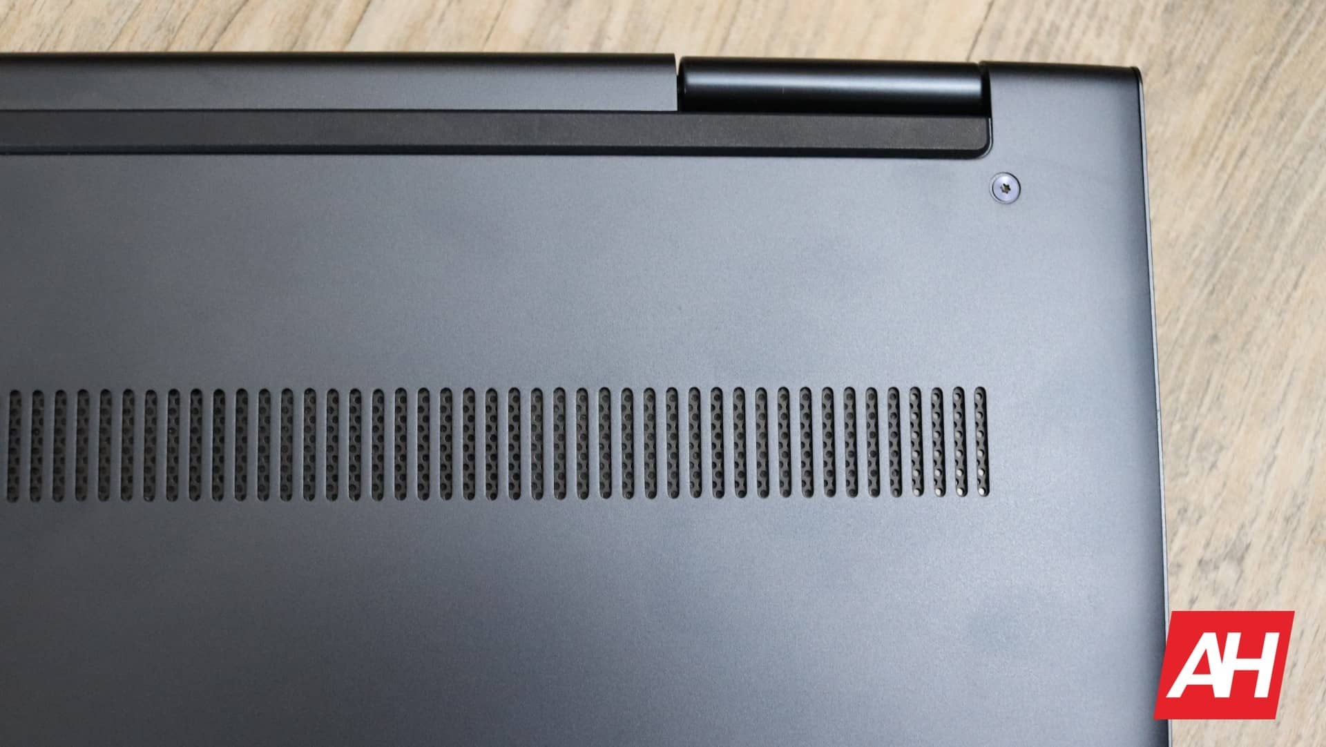 Lenovo Yoga Chromebook C630 Review Hardware AH 19