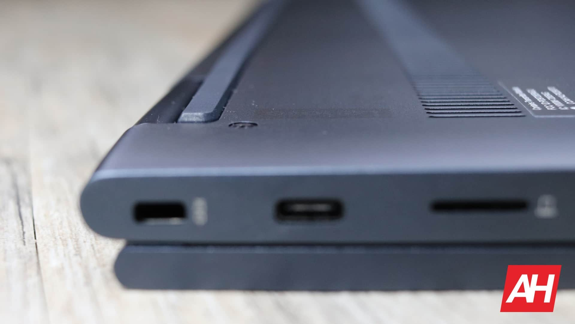Lenovo Yoga Chromebook C630 Review Hardware AH 20