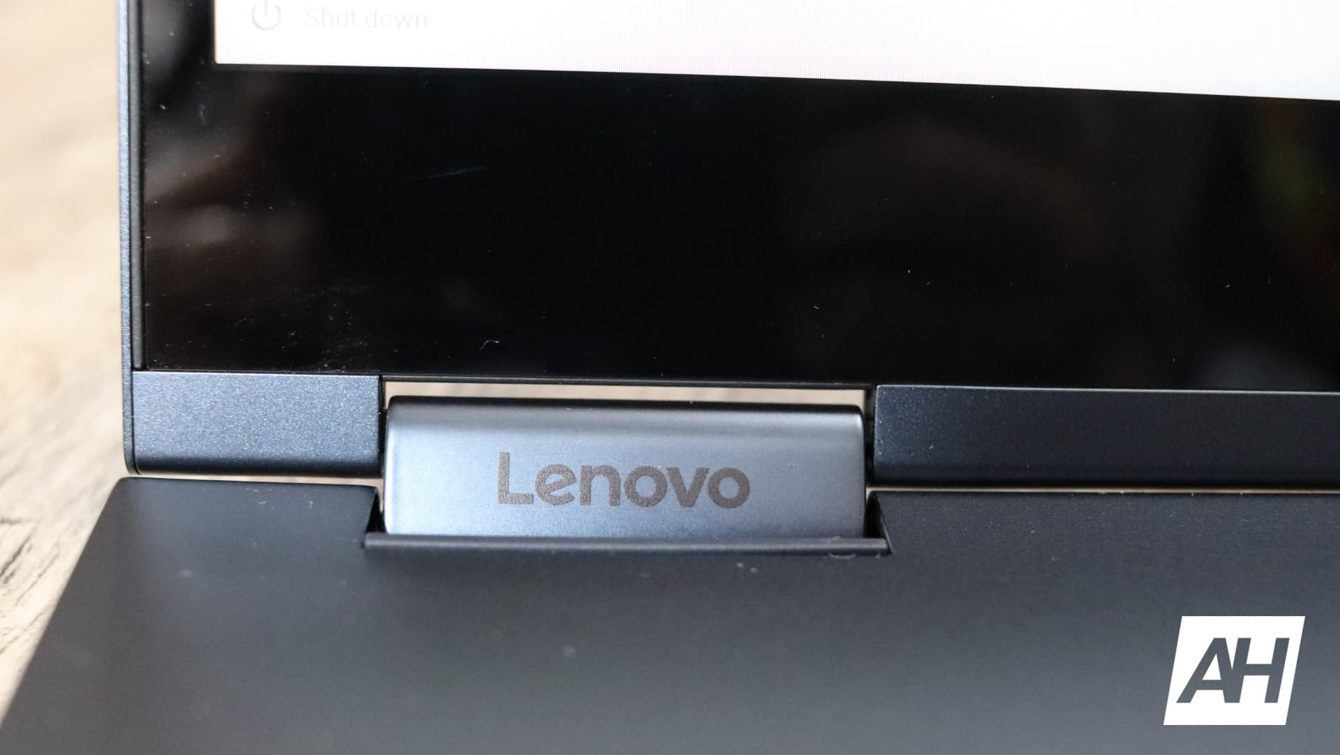 Lenovo Yoga Chromebook C630 Review Hardware AH 22
