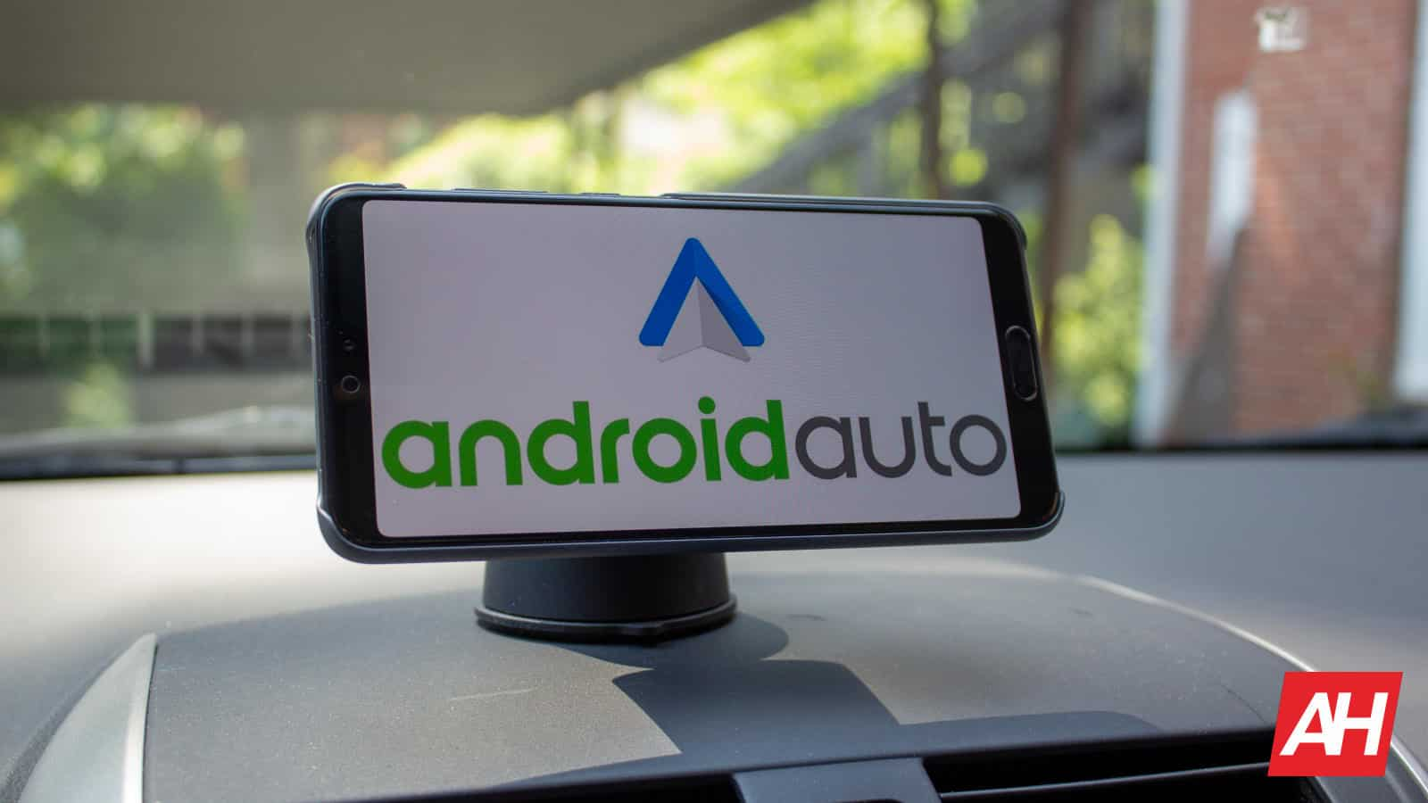 Android Auto Music Bug Pauses Your Music If You Open Another App