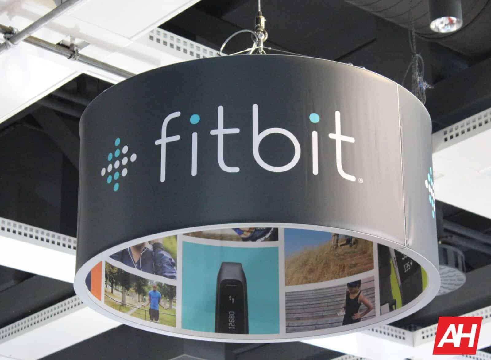 Fitbit AH 01 1