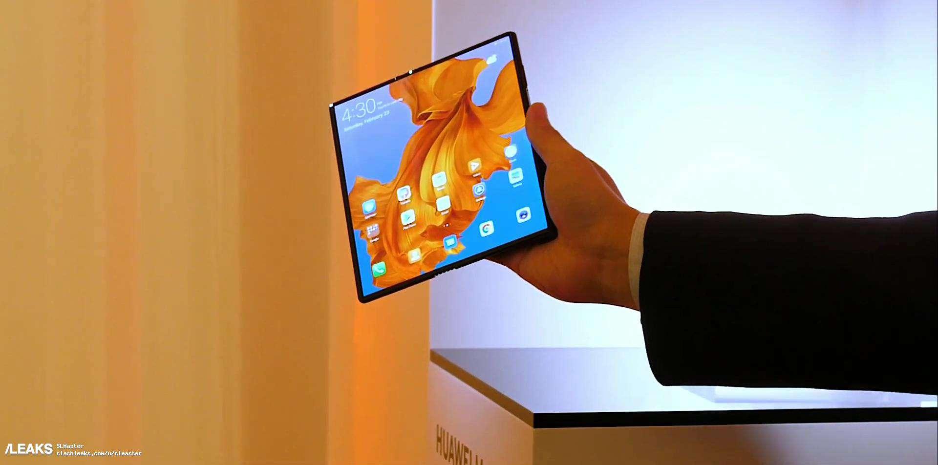 Huawei Mate X real life image leak 4