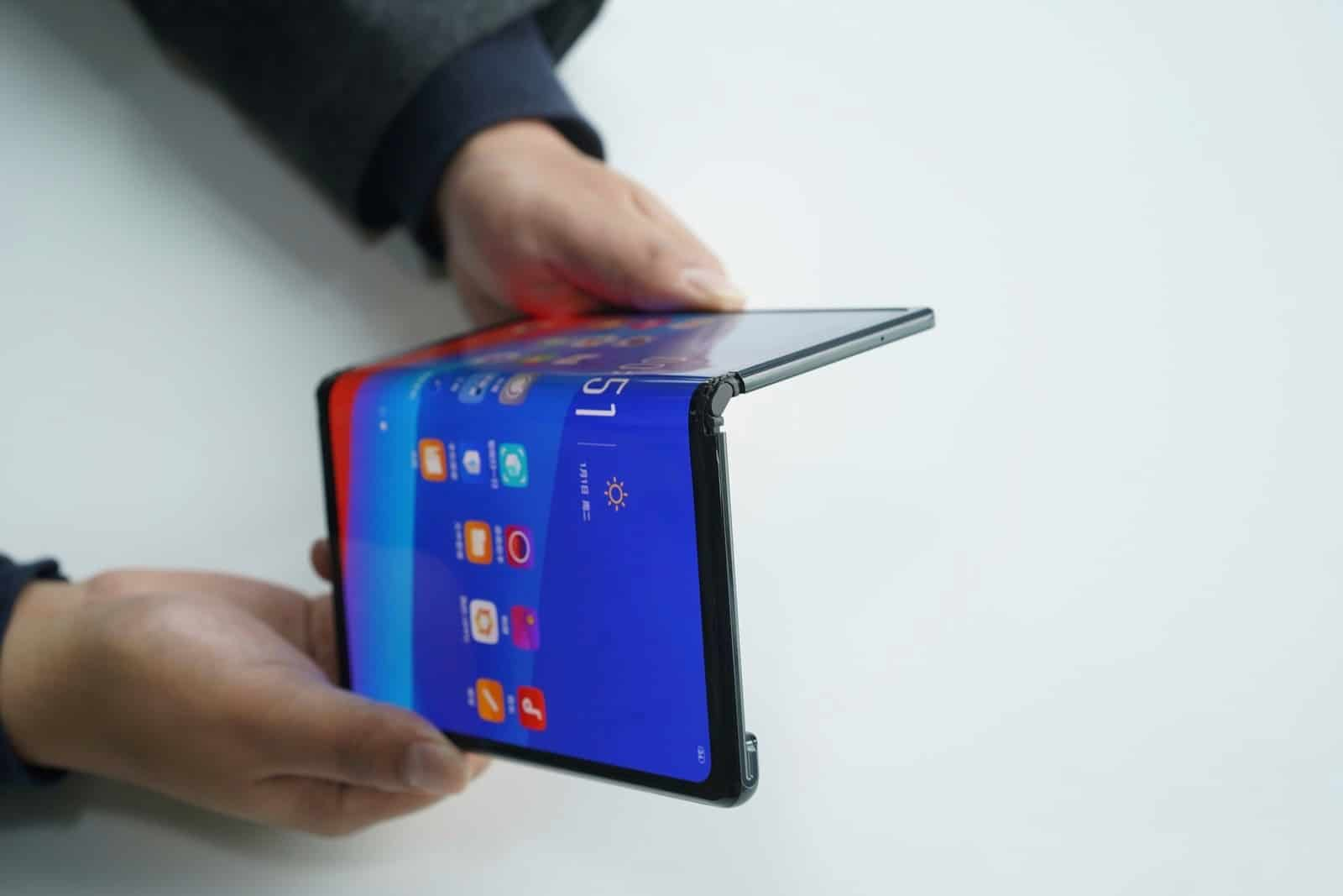 OPPO foldable prototype MWC 2019 1