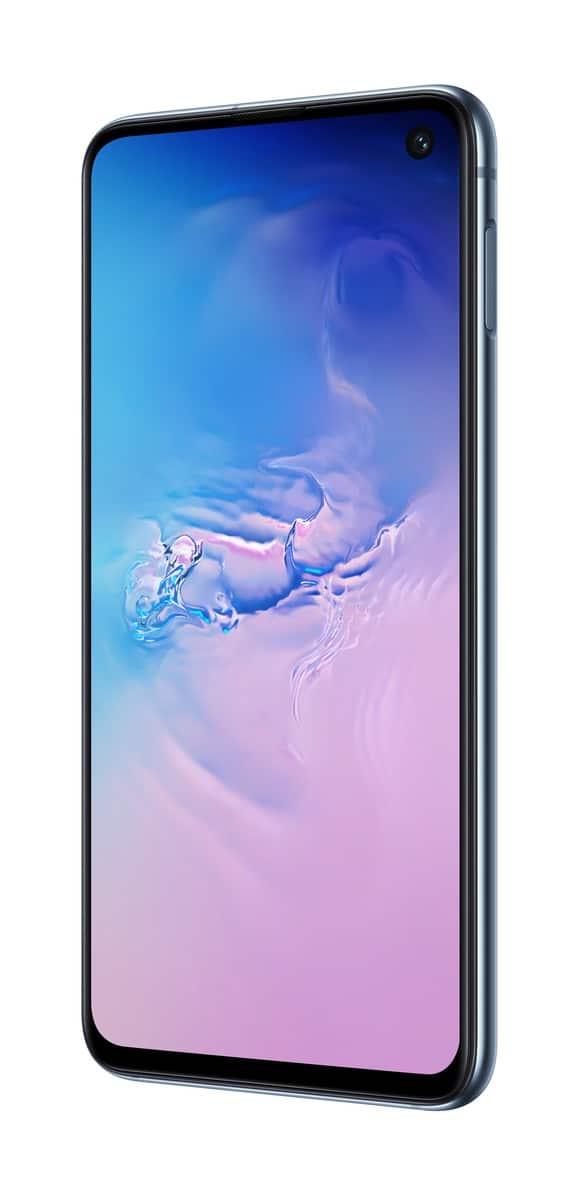 Samsung Galaxy S10e blue official image 4