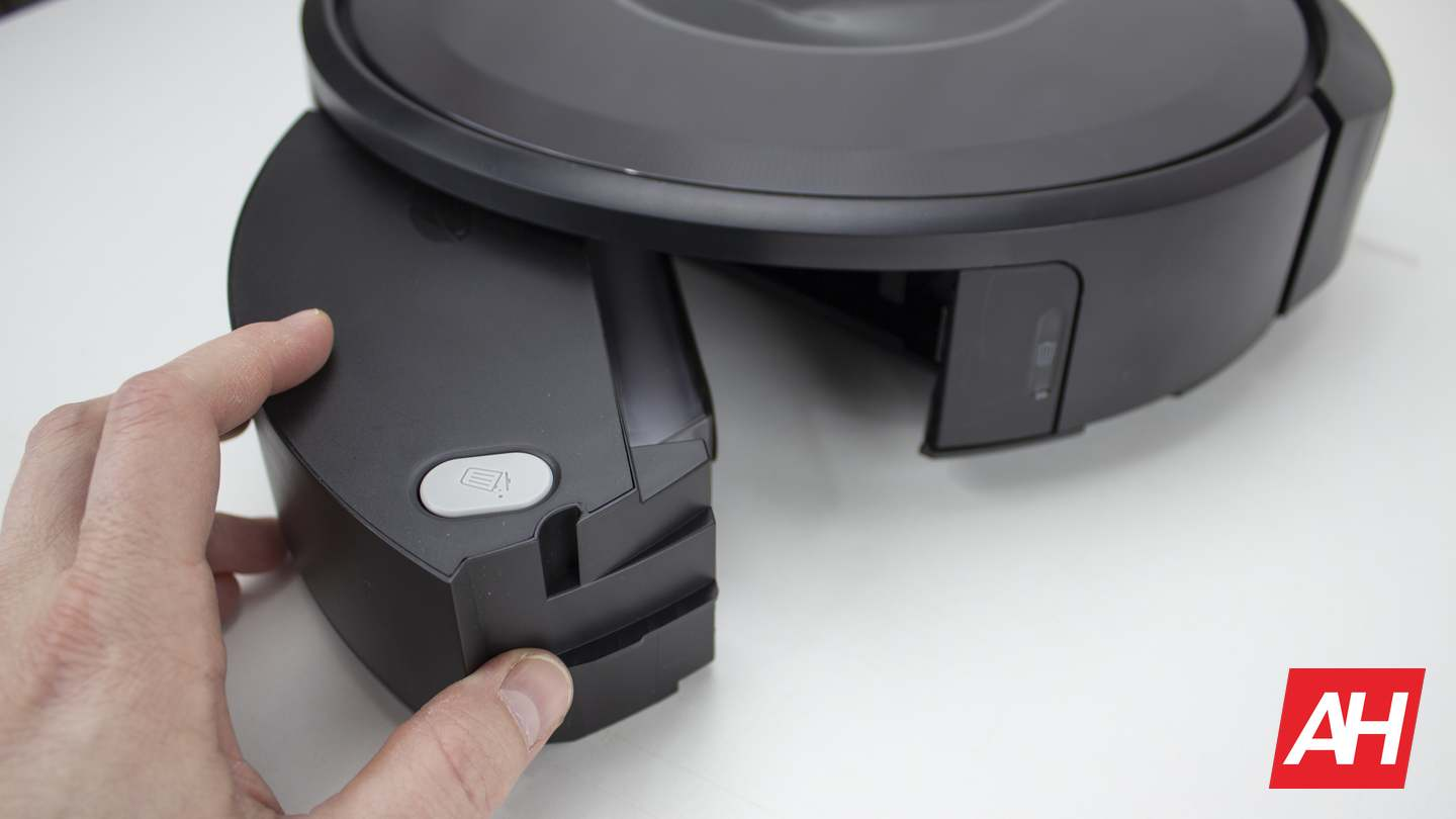 iRobot Roomba i7 AH NS 23 maintenance