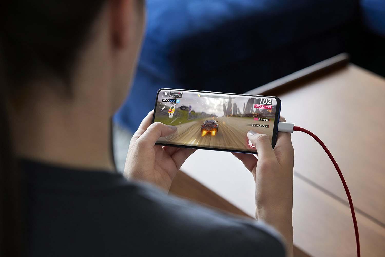 OnePlus 7 Pro Lifestyle 24